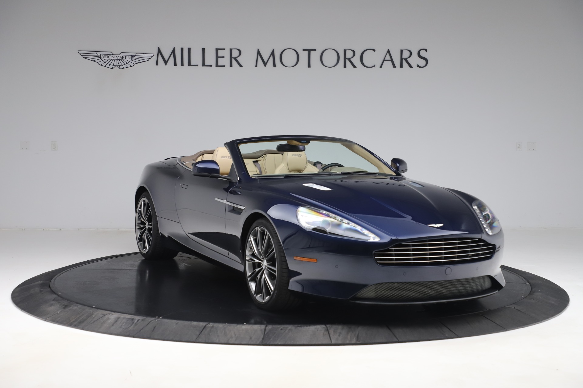 Used 2014 Aston Martin DB9 Volante For Sale In Westport, CT 3591_p11