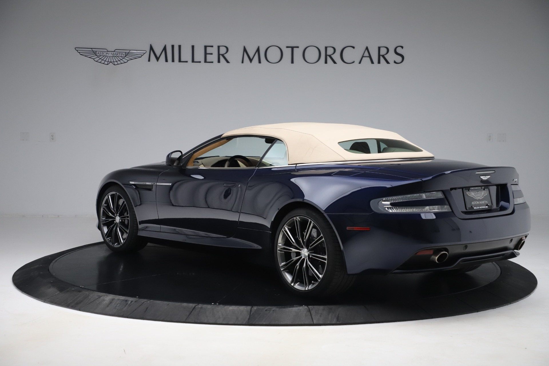 Used 2014 Aston Martin DB9 Volante For Sale In Westport, CT 3591_p15