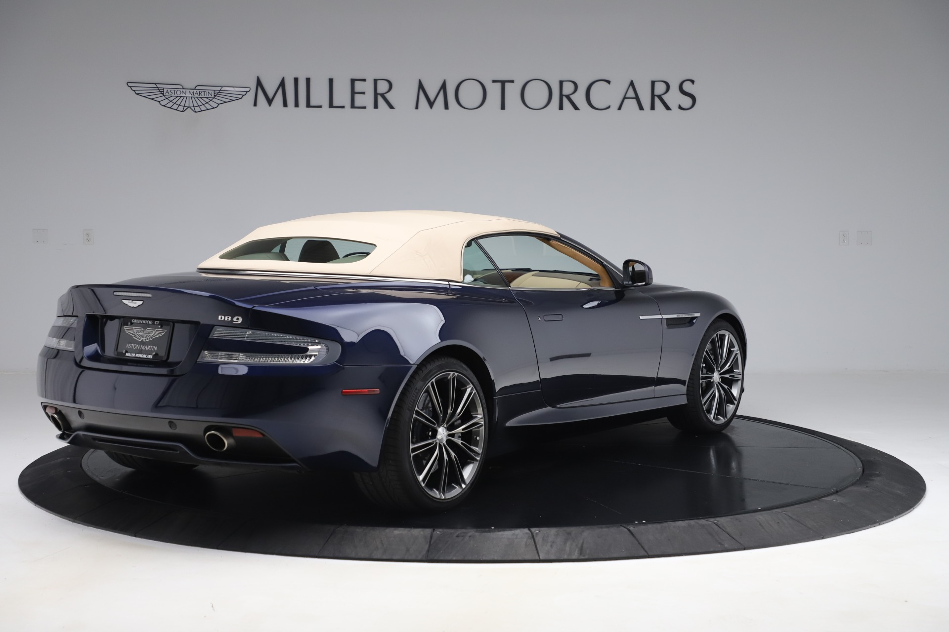 Used 2014 Aston Martin DB9 Volante For Sale In Westport, CT 3591_p16