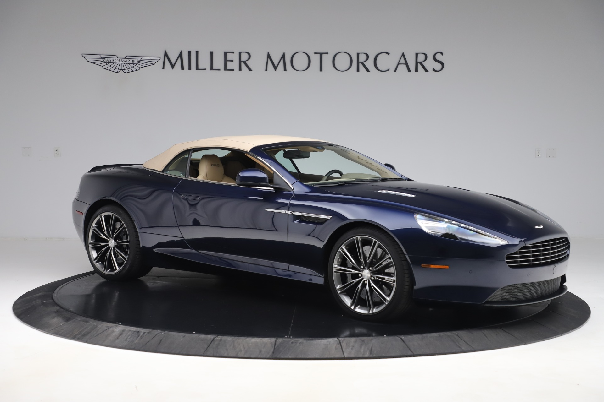 Used 2014 Aston Martin DB9 Volante For Sale In Westport, CT 3591_p18
