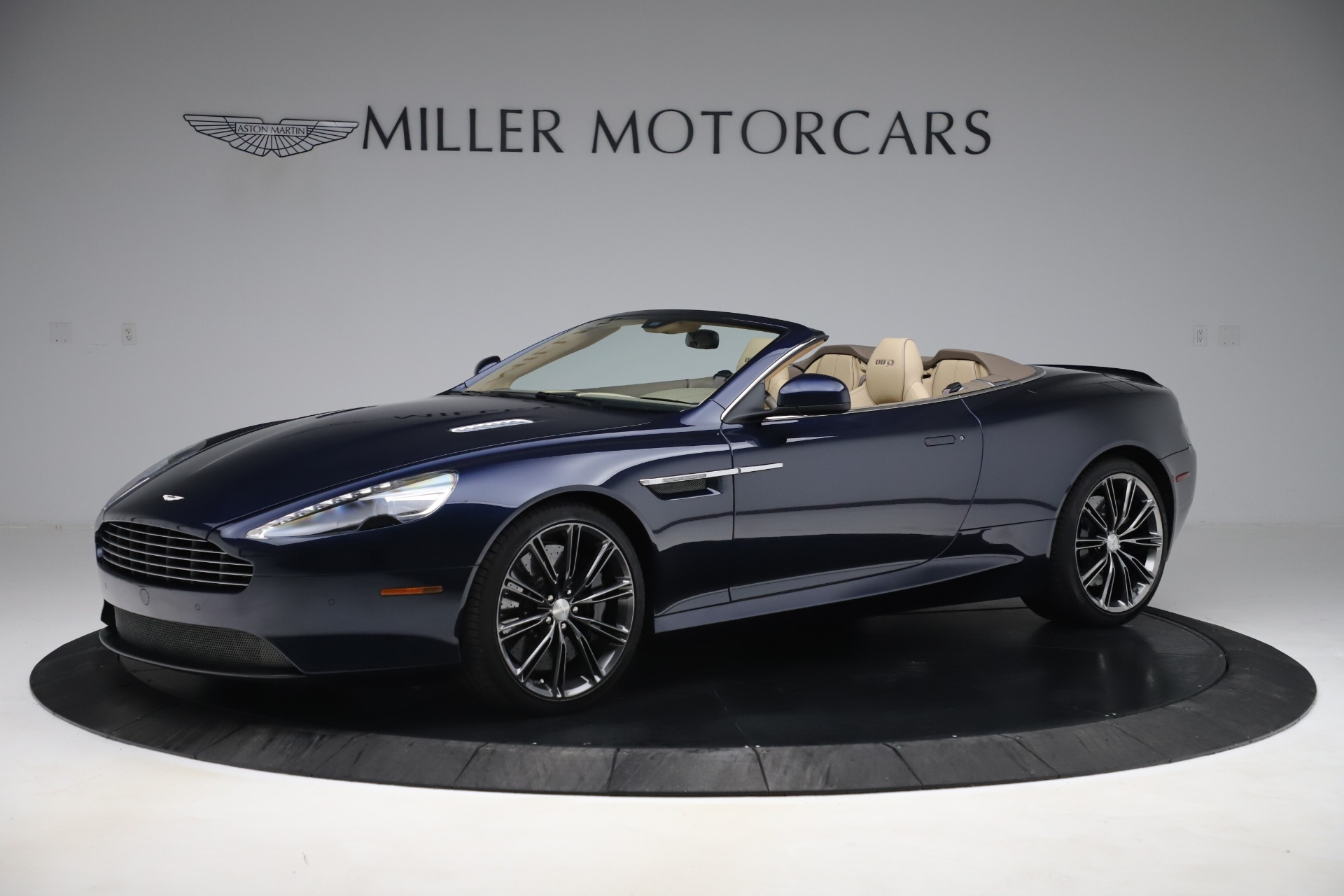 Used 2014 Aston Martin DB9 Volante For Sale In Westport, CT 3591_p2