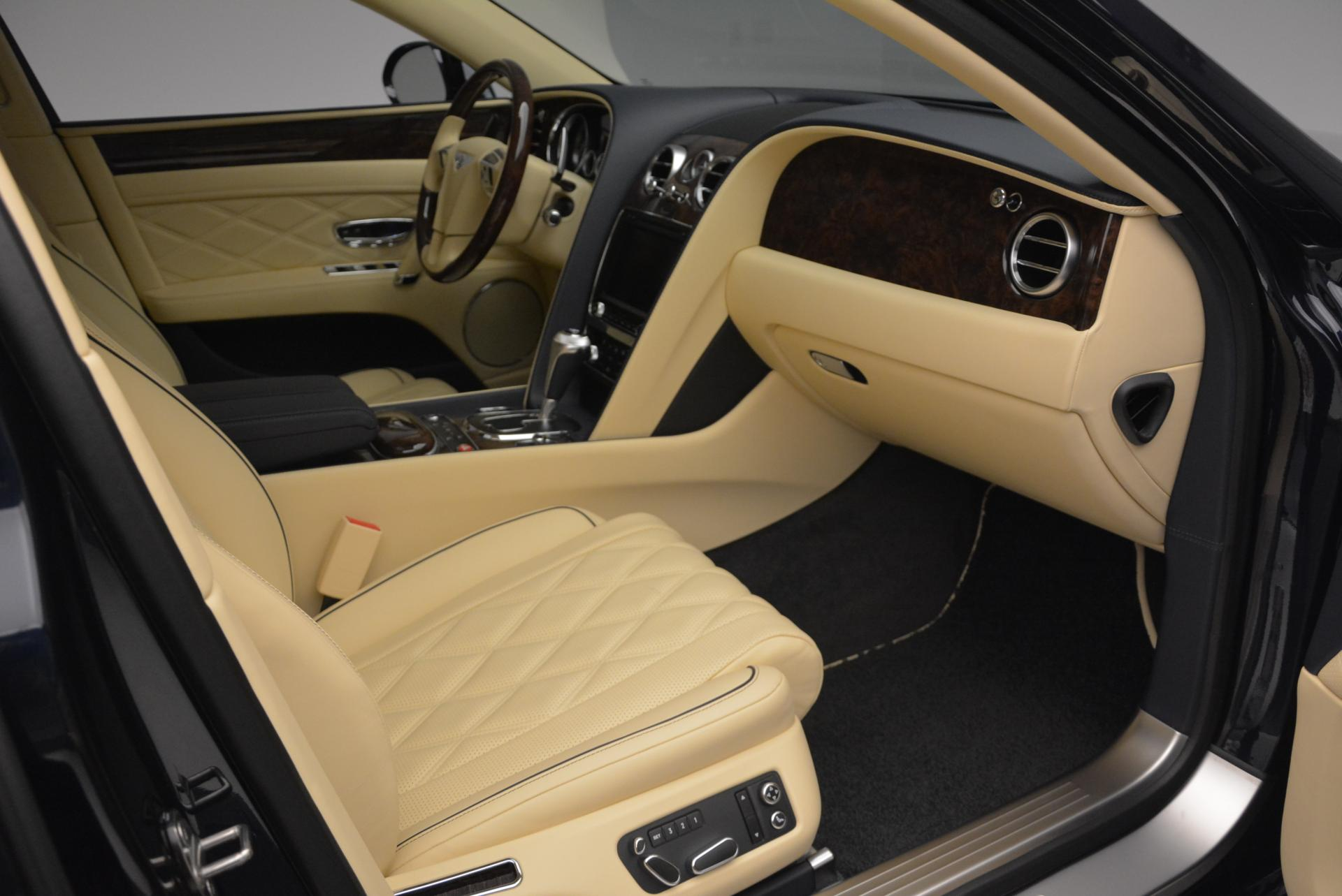 Used 2016 Bentley Flying Spur W12 For Sale In Westport, CT 39_p24