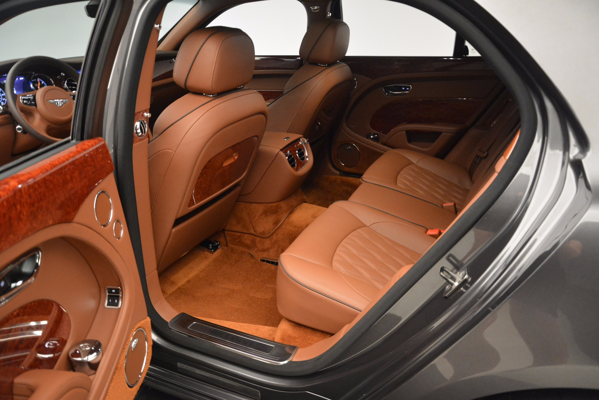 New 2017 Bentley Mulsanne  For Sale In Westport, CT 508_p32