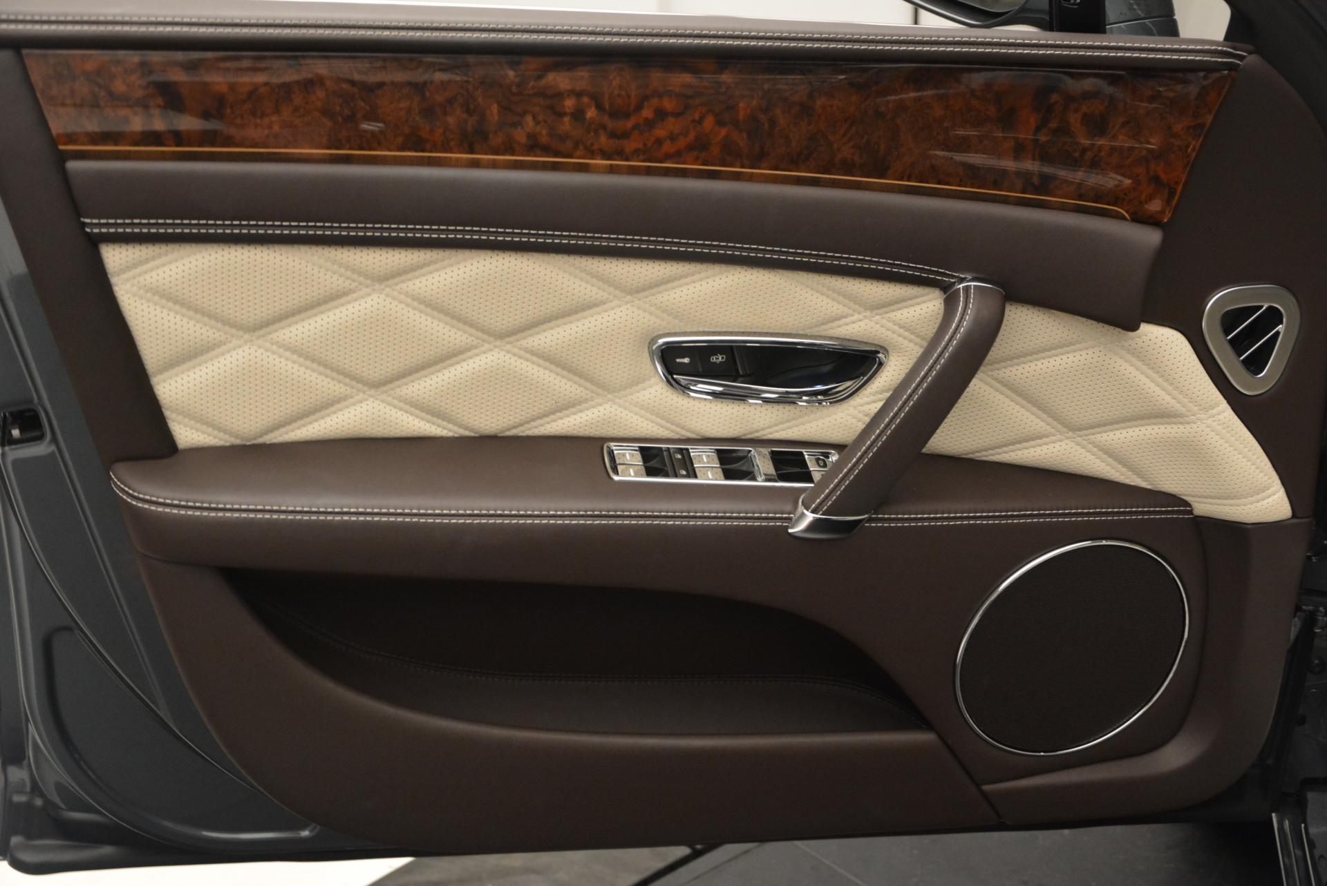 Used 2015 Bentley Flying Spur V8  For Sale In Westport, CT 509_p21