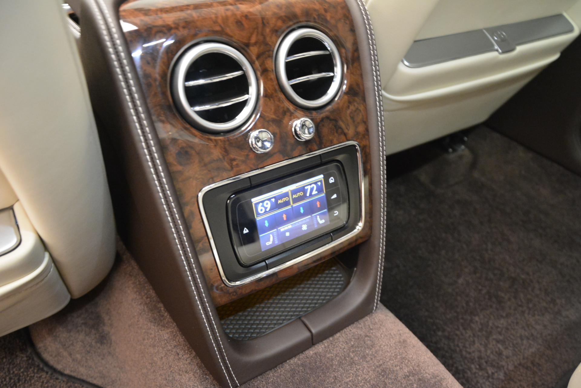 Used 2015 Bentley Flying Spur V8  For Sale In Westport, CT 509_p35
