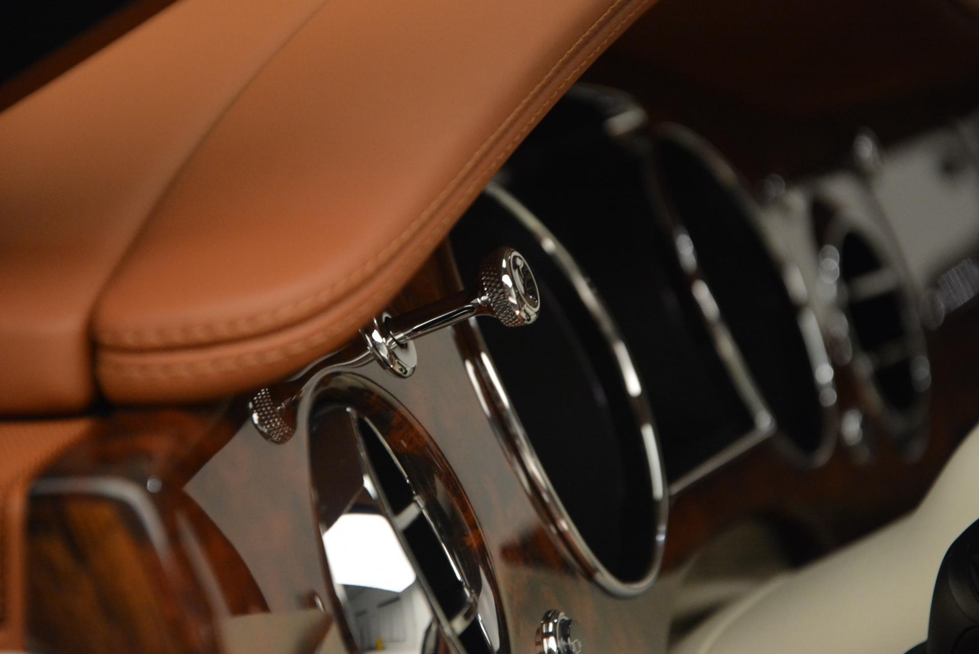 Used 2016 Bentley Mulsanne Speed  For Sale In Westport, CT 510_p44
