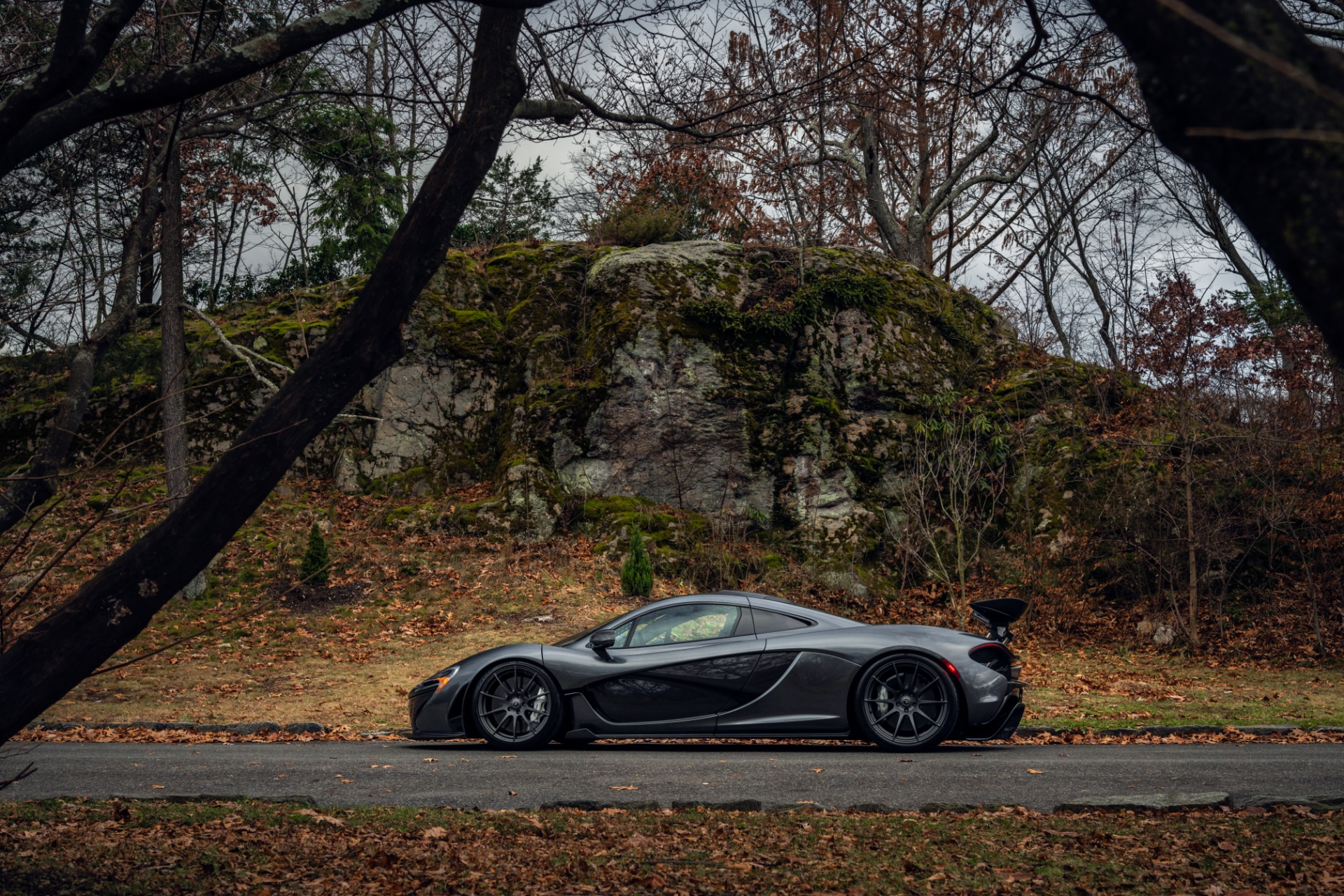 Used 2014 McLaren P1 Coupe For Sale In Westport, CT 513_p21