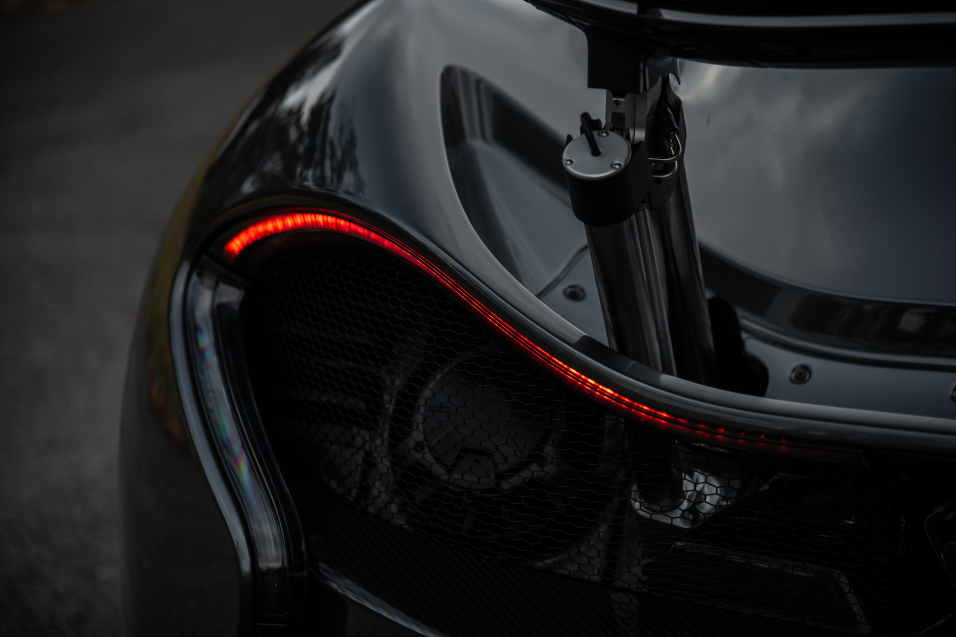 Used 2014 McLaren P1 Coupe For Sale In Westport, CT 513_p31