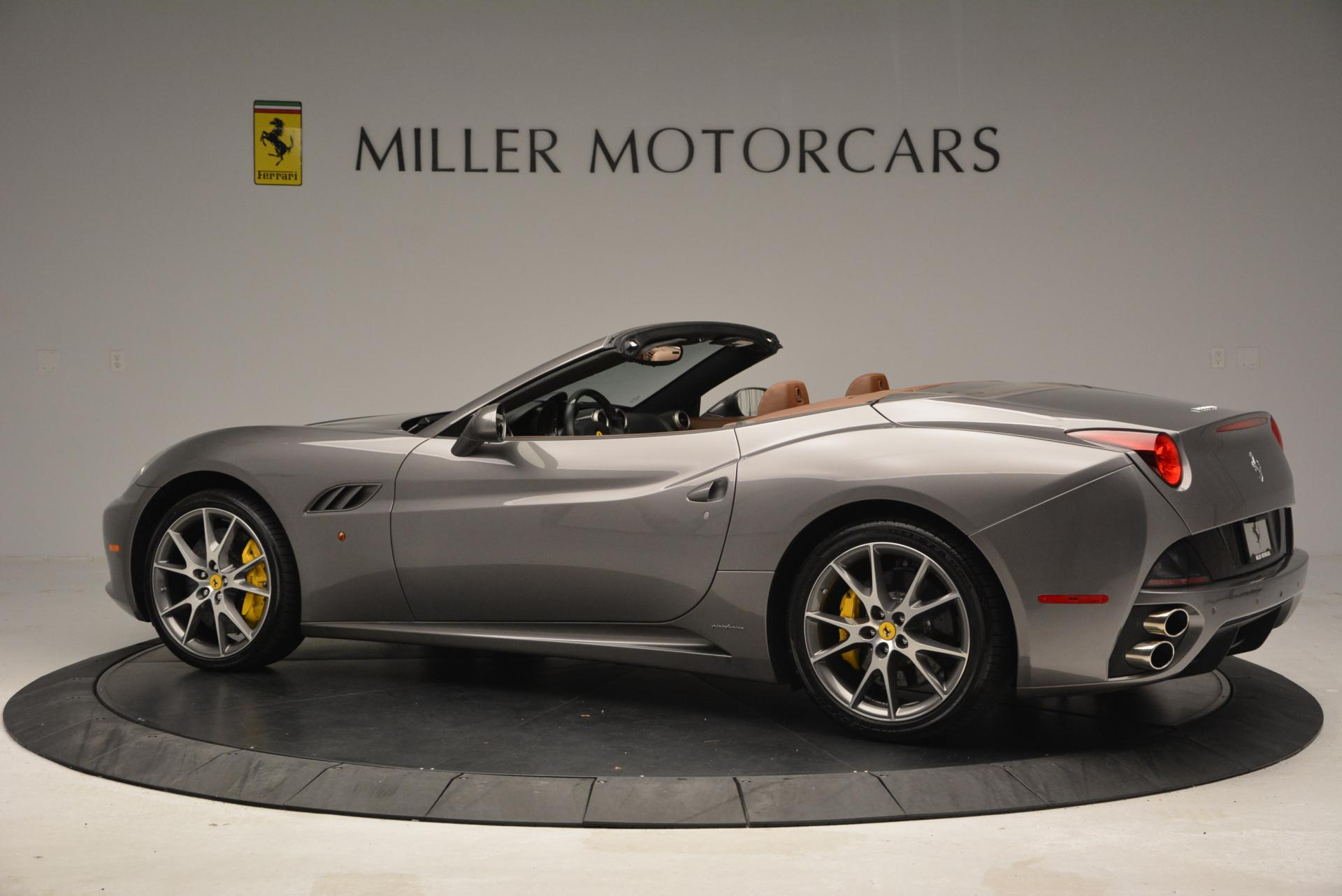 Used 2012 Ferrari California  For Sale In Westport, CT 536_p4