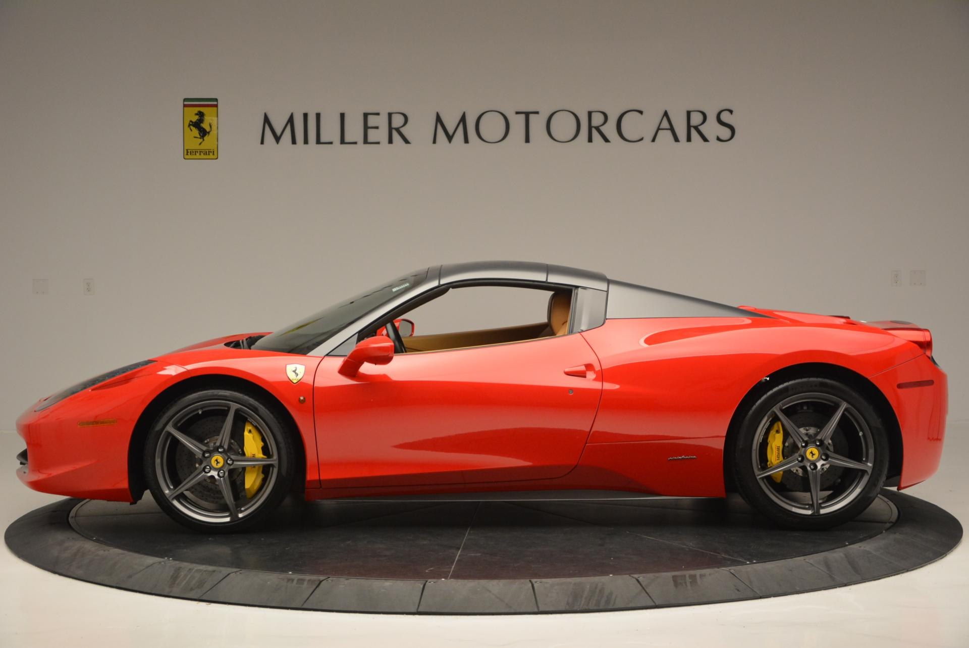 Used 2013 Ferrari 458 Spider  For Sale In Westport, CT 537_p15