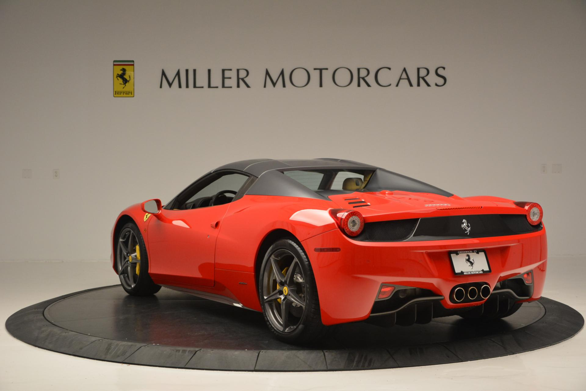 Used 2013 Ferrari 458 Spider  For Sale In Westport, CT 537_p17