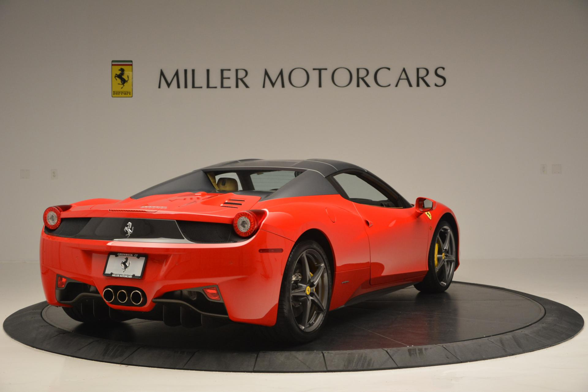 Used 2013 Ferrari 458 Spider  For Sale In Westport, CT 537_p19