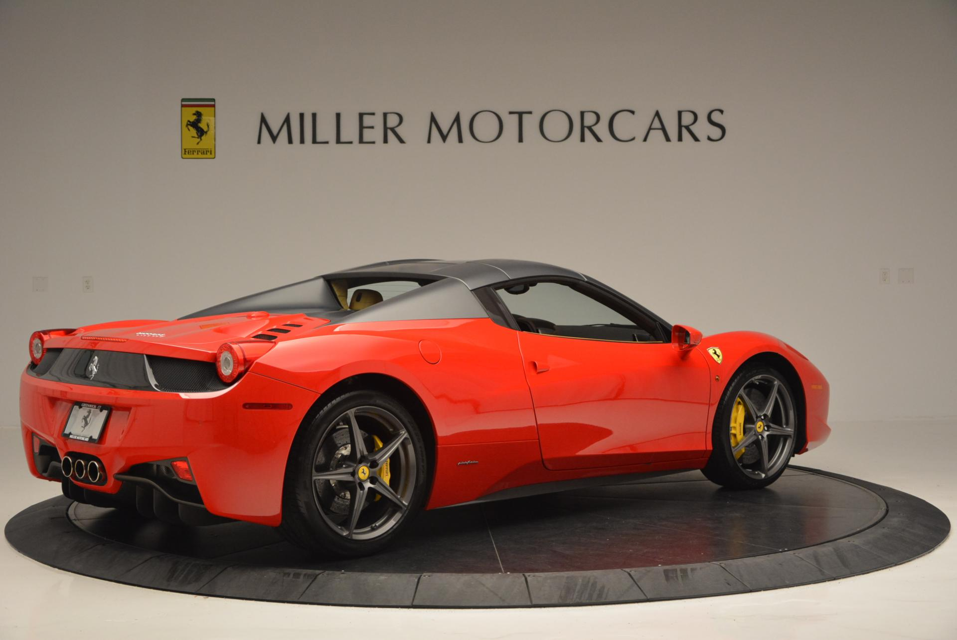 Used 2013 Ferrari 458 Spider  For Sale In Westport, CT 537_p20