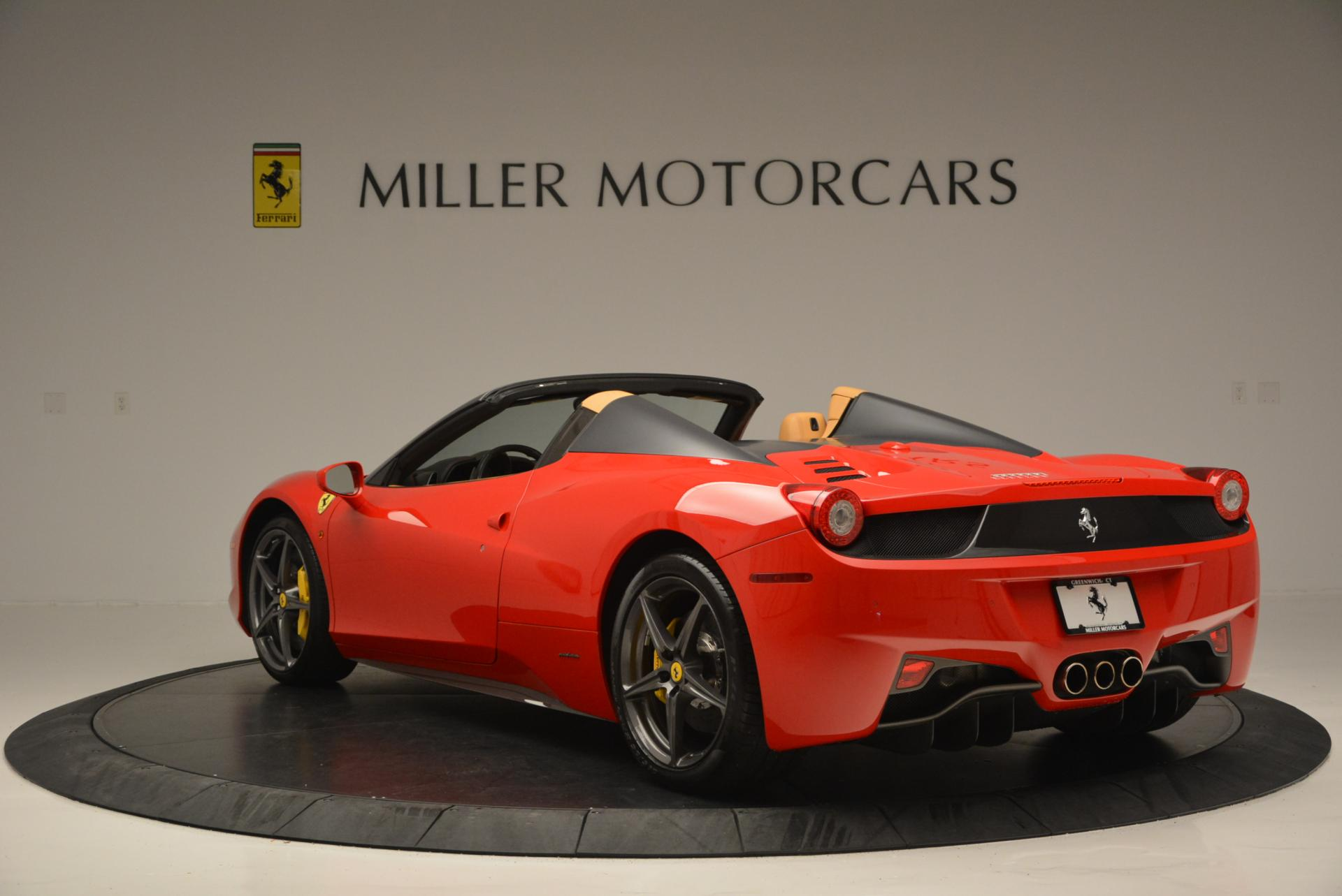 Used 2013 Ferrari 458 Spider  For Sale In Westport, CT 537_p5