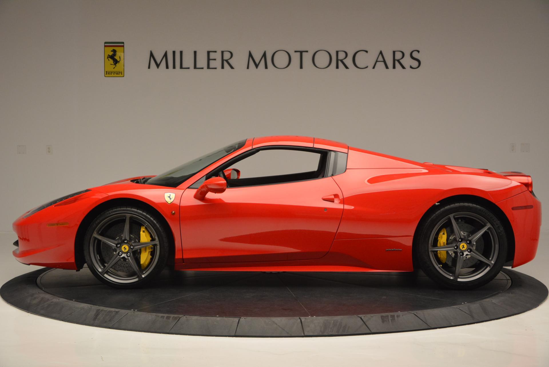 Used 2015 Ferrari 458 Spider  For Sale In Westport, CT 542_p15