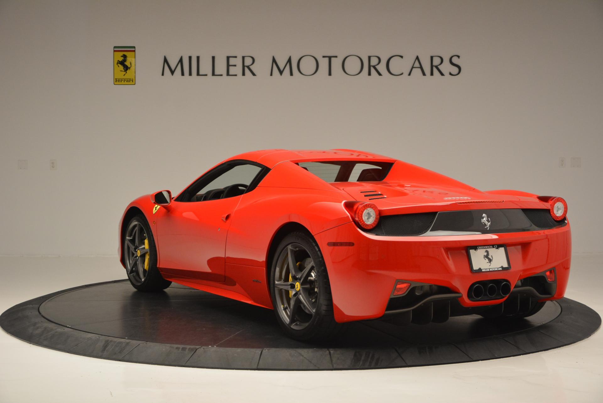 Used 2015 Ferrari 458 Spider  For Sale In Westport, CT 542_p17