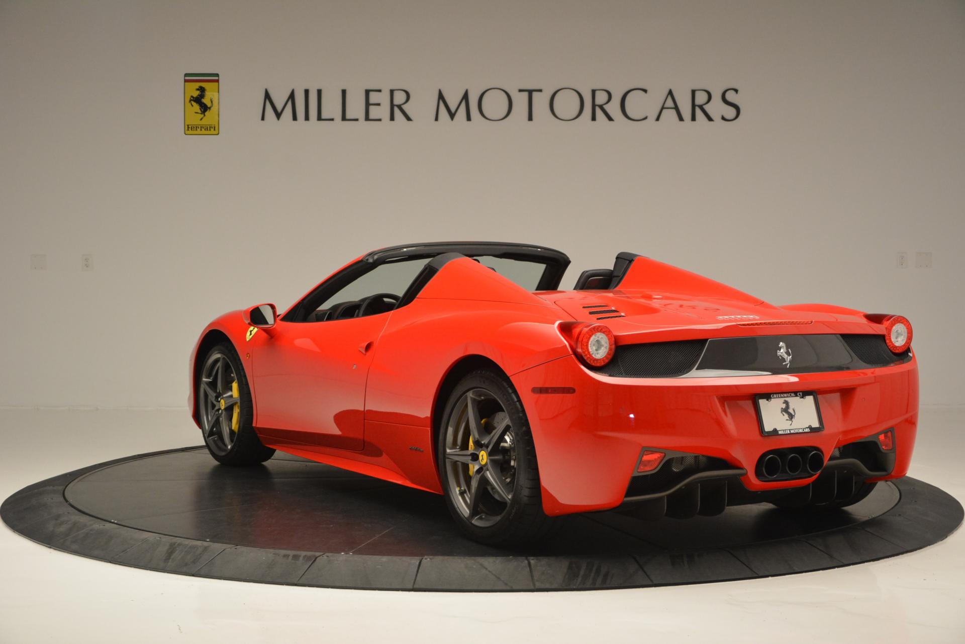 Used 2015 Ferrari 458 Spider  For Sale In Westport, CT 542_p5