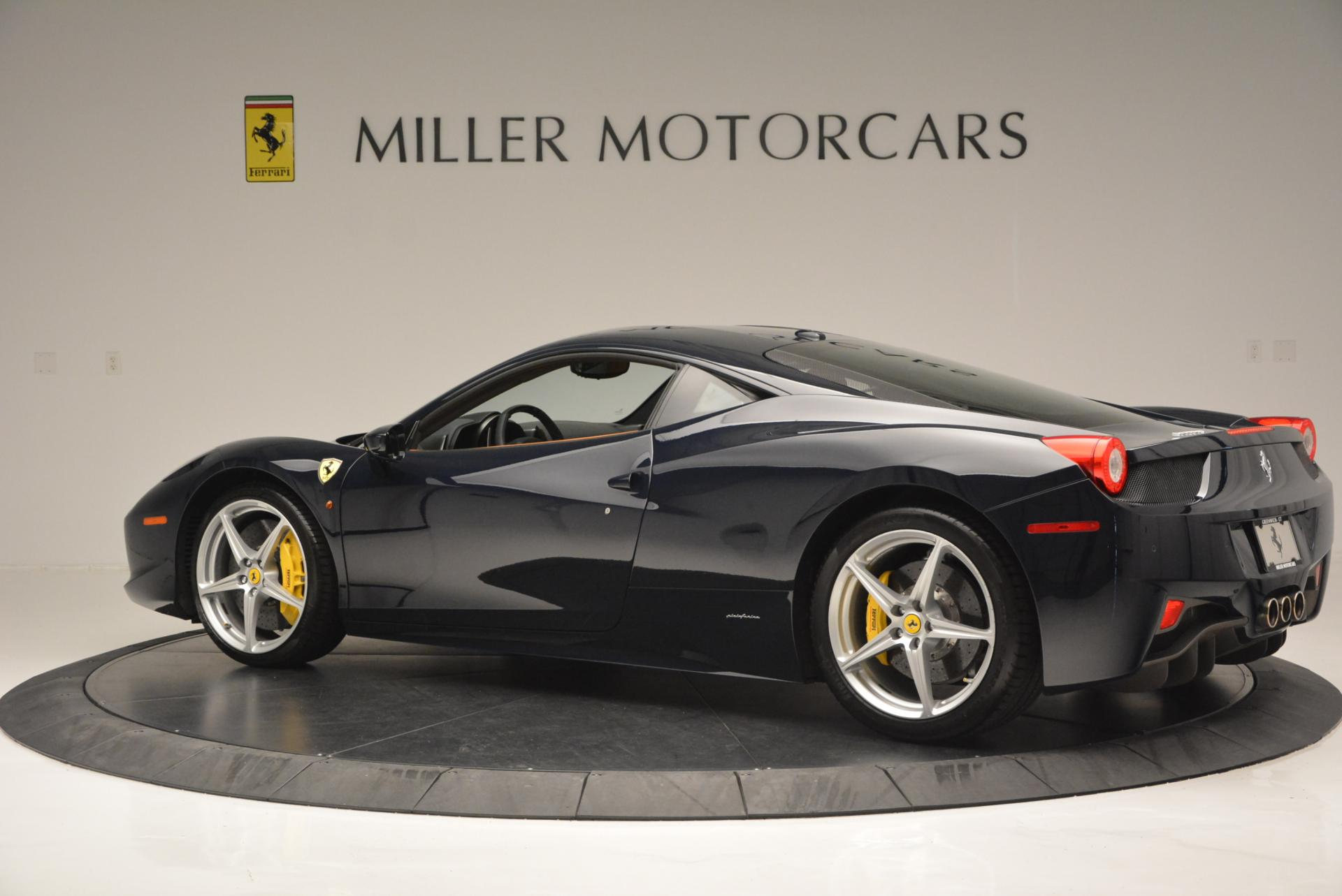 Used 2010 Ferrari 458 Italia  For Sale In Westport, CT 543_p4