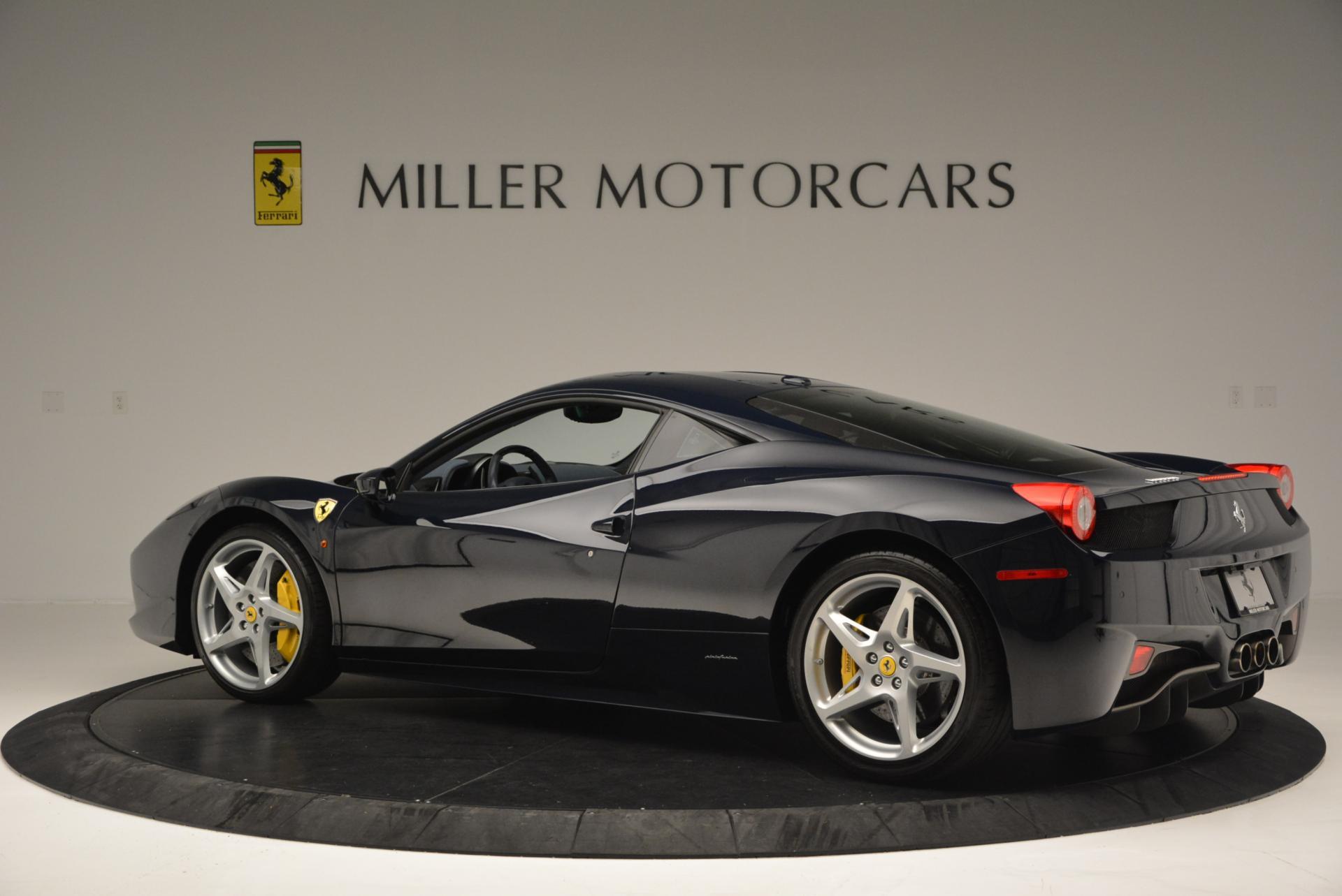 Used 2012 Ferrari 458 Italia  For Sale In Westport, CT 550_p4