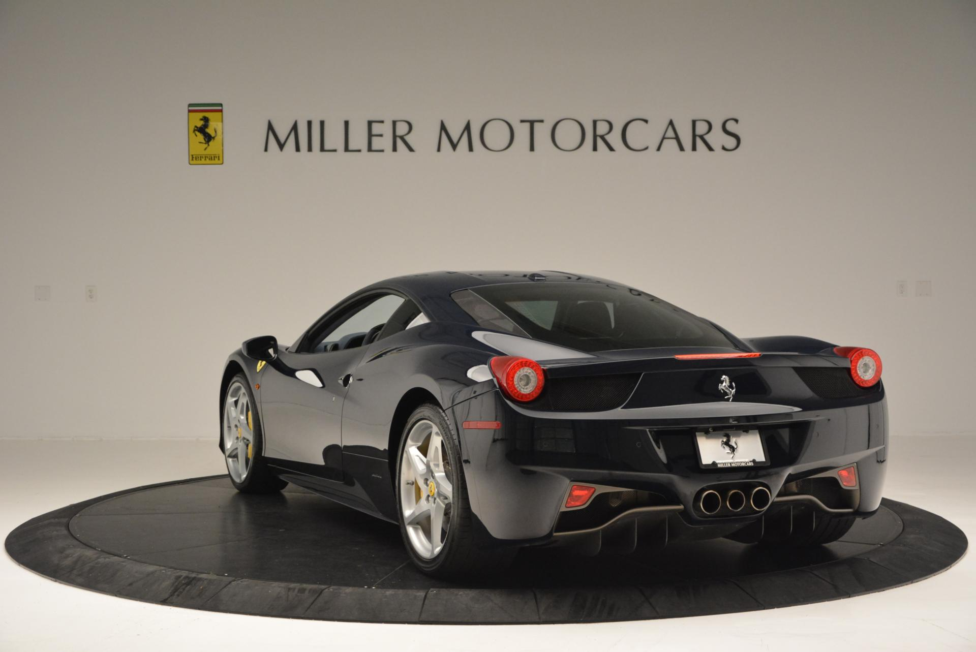 Used 2012 Ferrari 458 Italia  For Sale In Westport, CT 550_p5