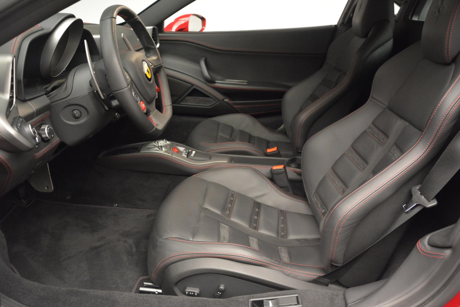 Used 2011 Ferrari 458 Italia  For Sale In Westport, CT 551_p14