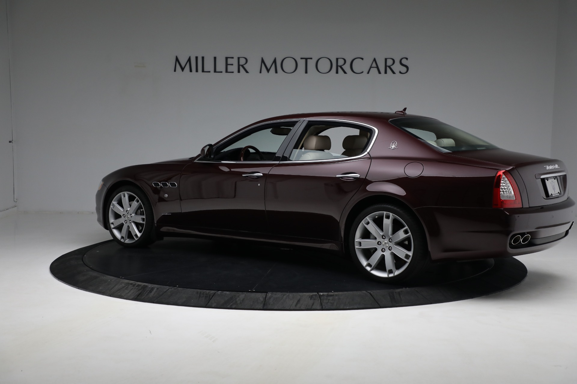Used 2011 Maserati Quattroporte  For Sale In Westport, CT 552_p5