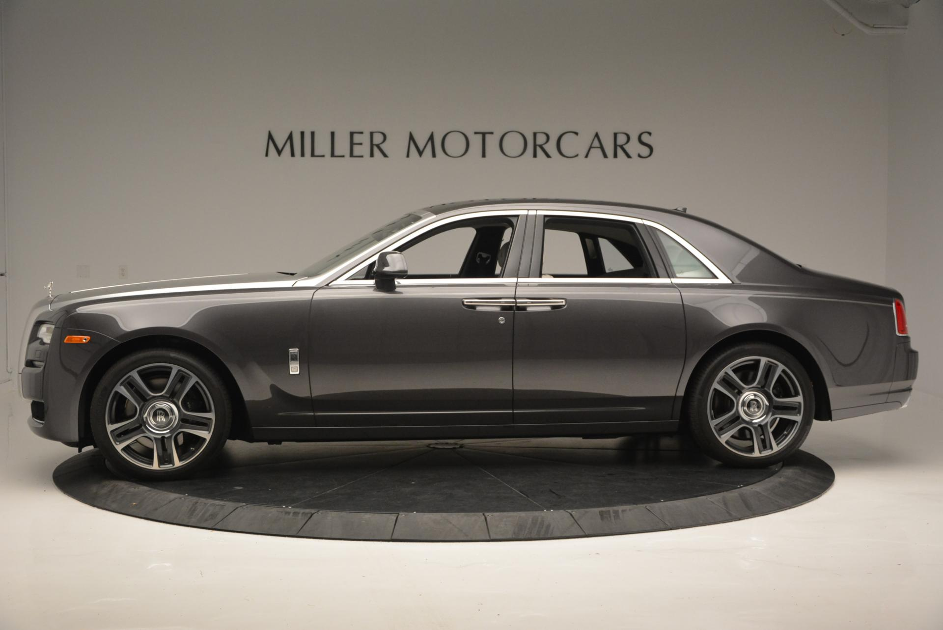 Used 2016 Rolls-Royce Ghost  For Sale In Westport, CT 557_p2