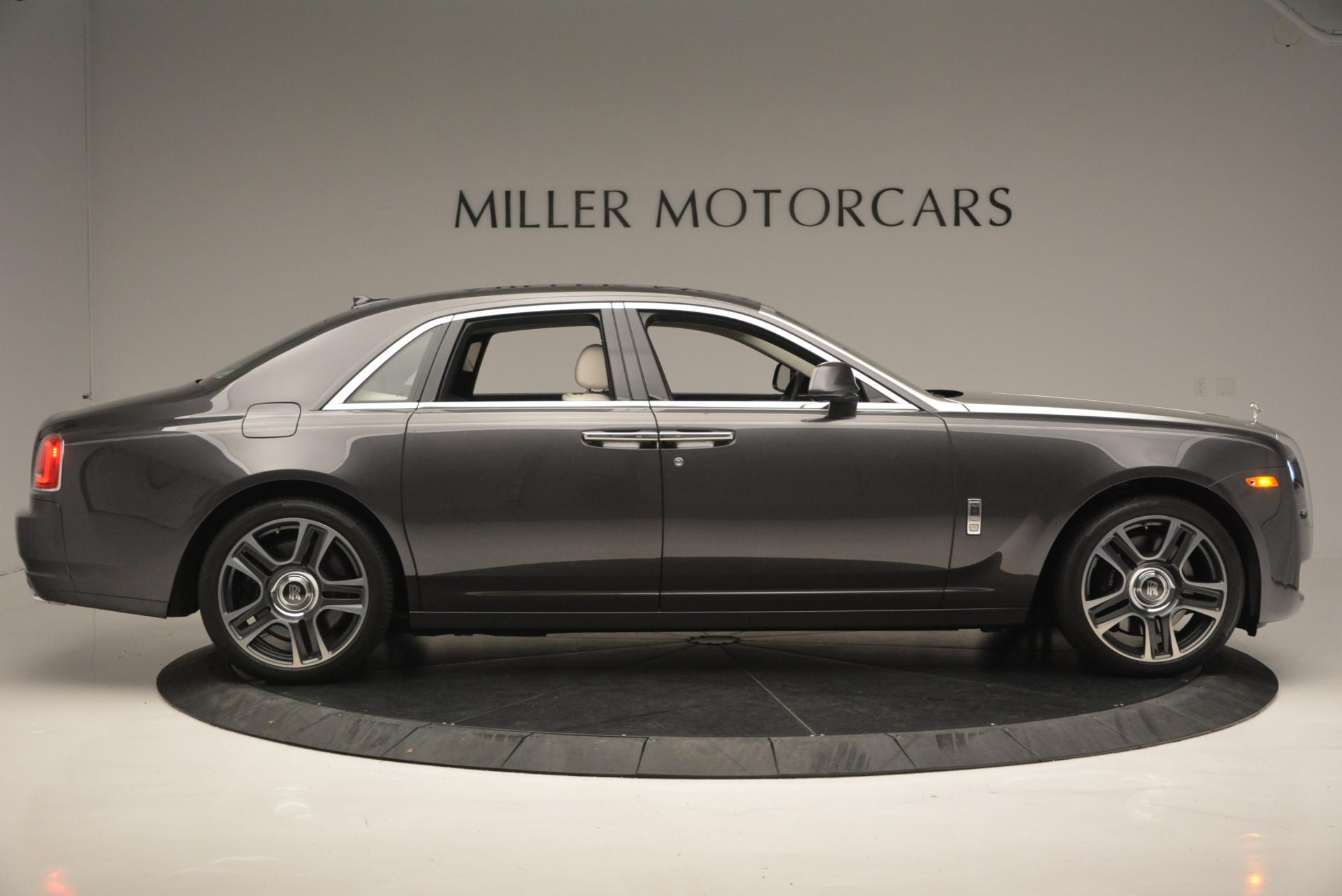 Used 2016 Rolls-Royce Ghost  For Sale In Westport, CT 557_p8