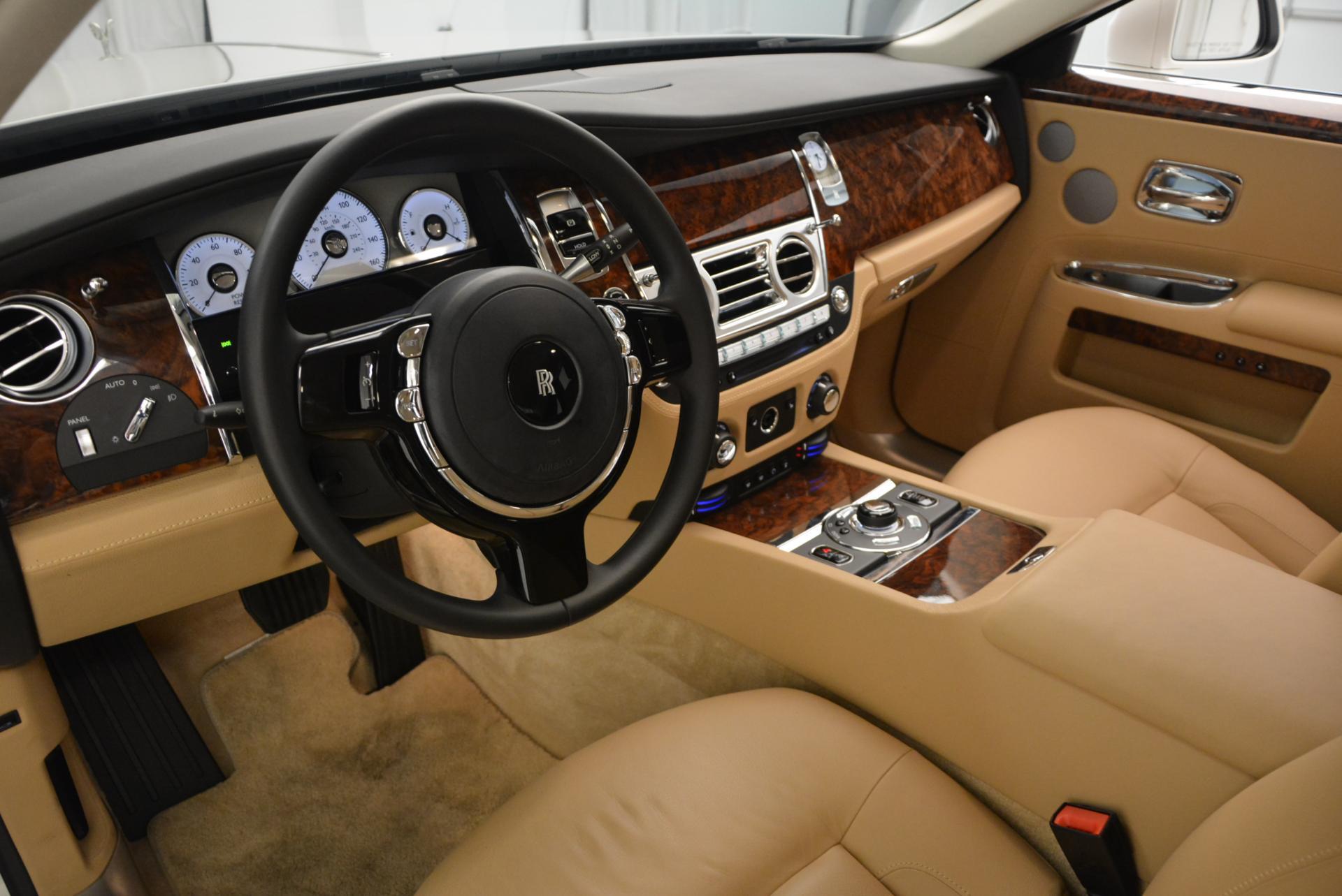 Used 2013 Rolls-Royce Ghost  For Sale In Westport, CT 558_p16
