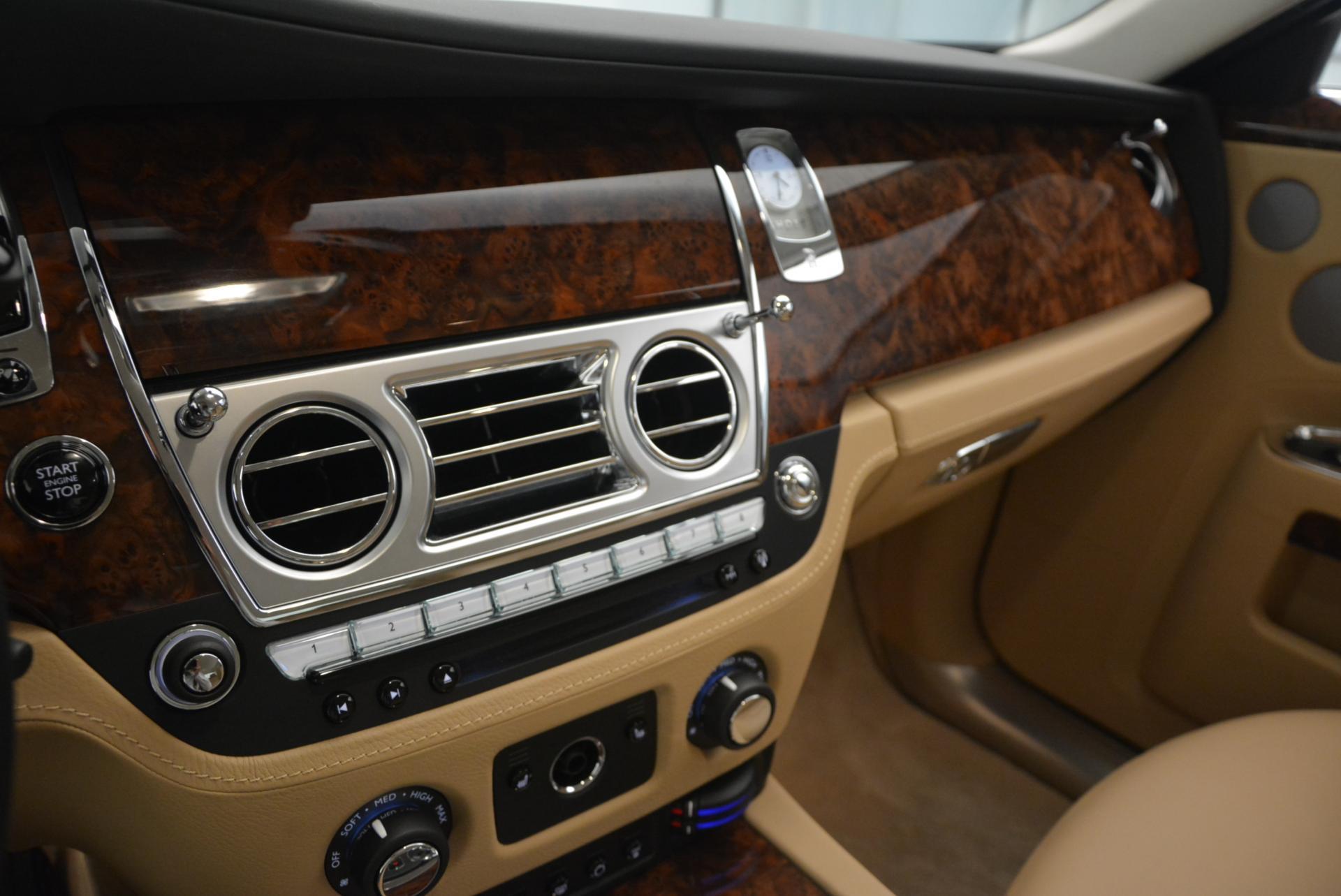 Used 2013 Rolls-Royce Ghost  For Sale In Westport, CT 558_p18