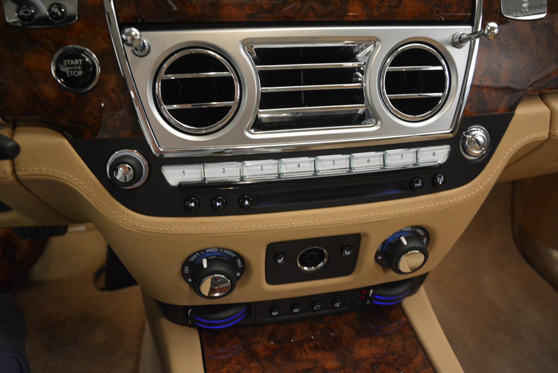 Used 2013 Rolls-Royce Ghost  For Sale In Westport, CT 558_p19