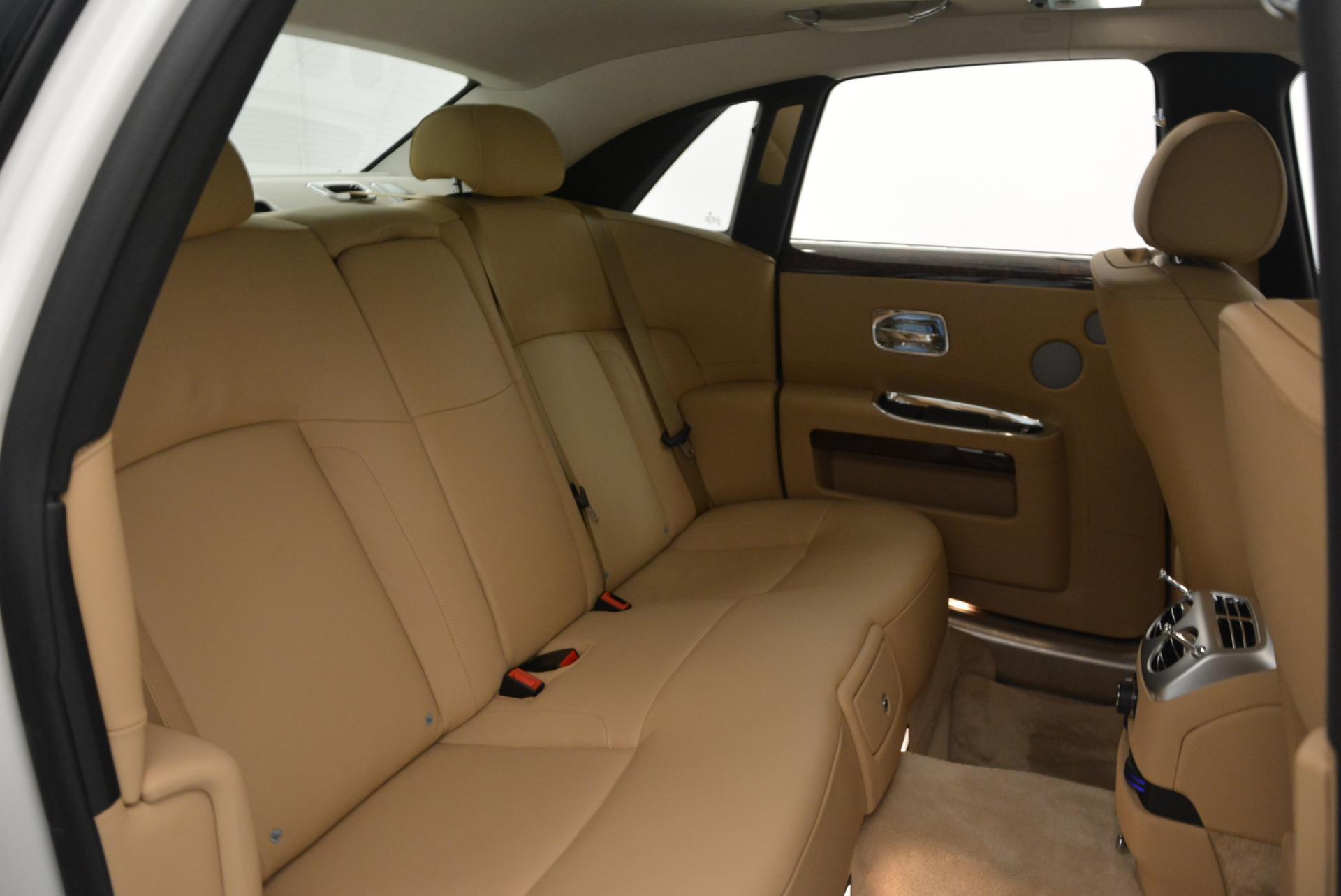 Used 2013 Rolls-Royce Ghost  For Sale In Westport, CT 558_p28