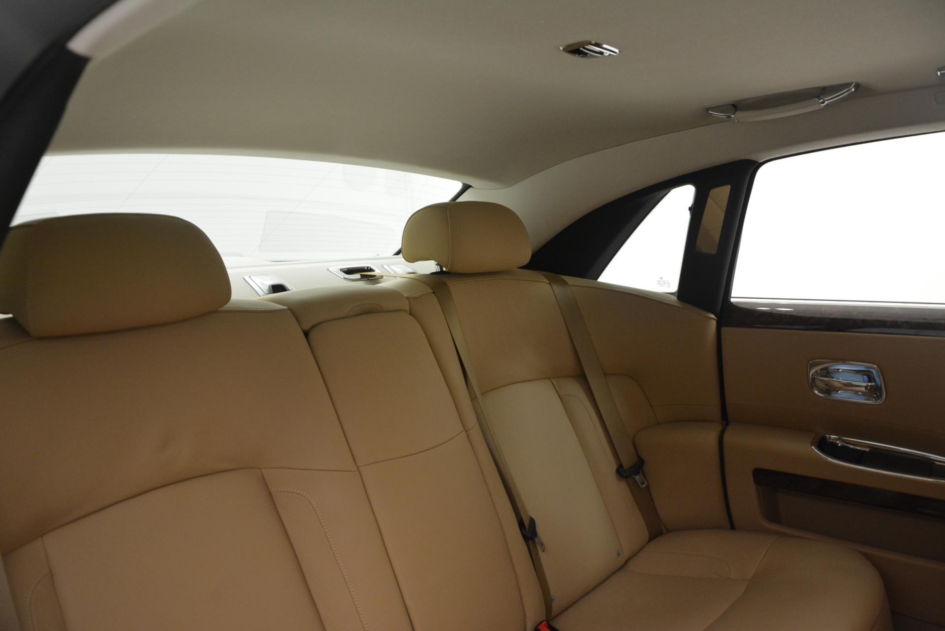 Used 2013 Rolls-Royce Ghost  For Sale In Westport, CT 558_p29