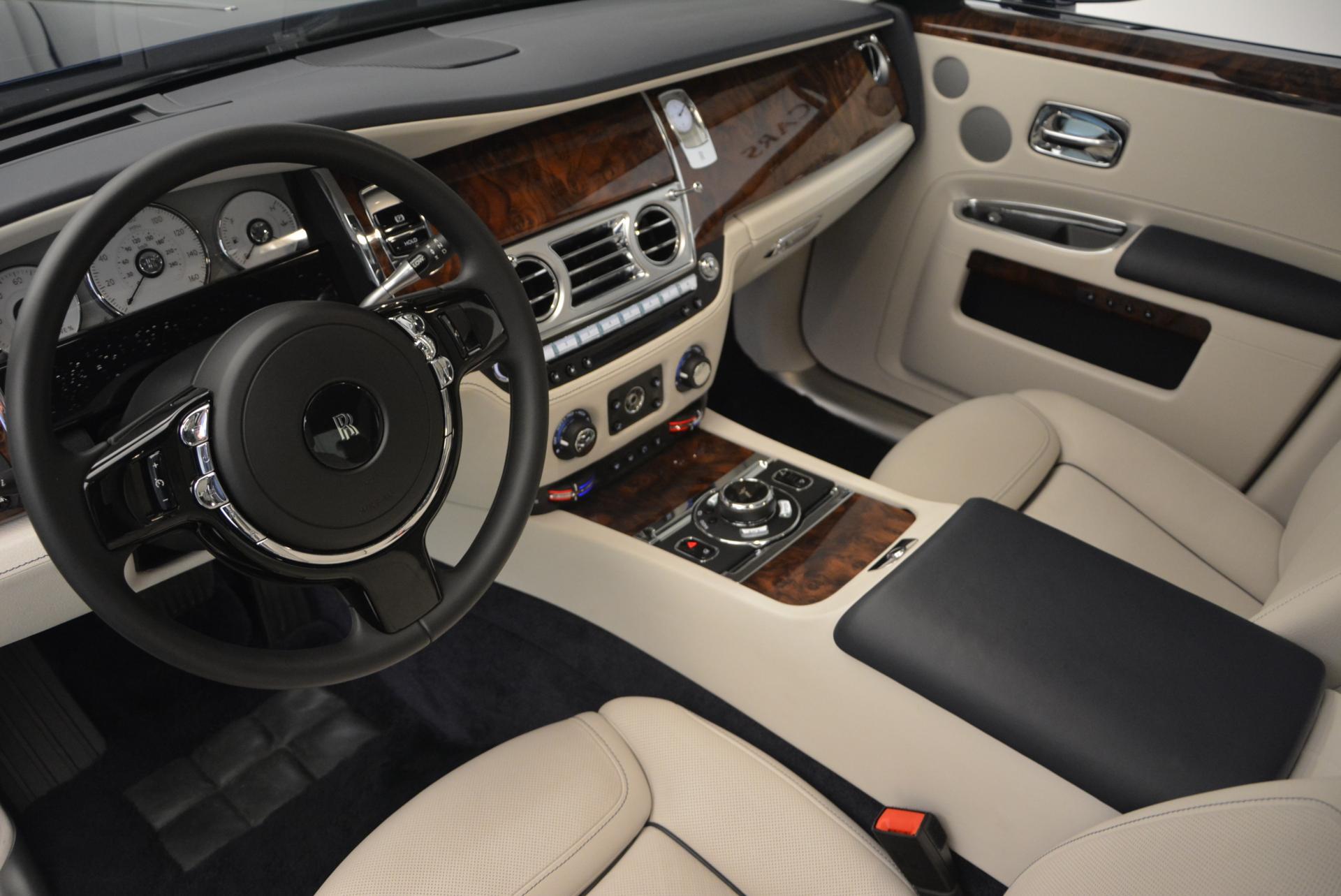 Used 2016 Rolls-Royce Ghost Series II  For Sale In Westport, CT 559_p22