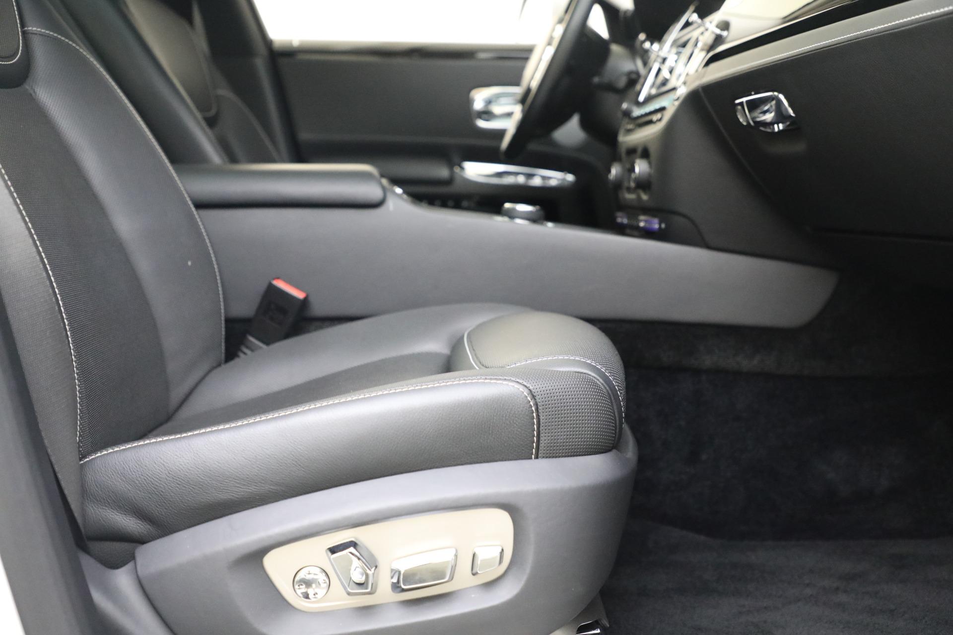 Used 2017 Rolls-Royce Ghost  For Sale In Westport, CT 560_p18