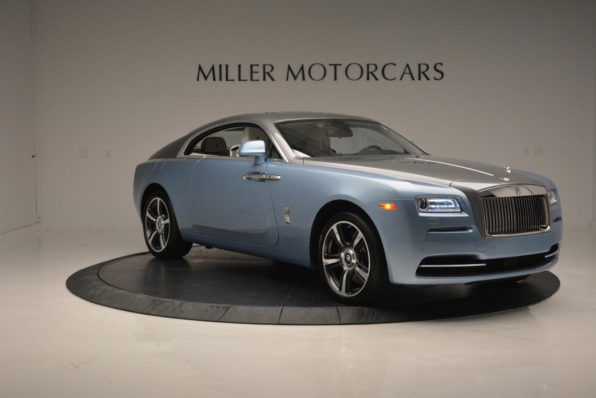 Used 2015 Rolls-Royce Wraith  For Sale In Westport, CT 563_p11