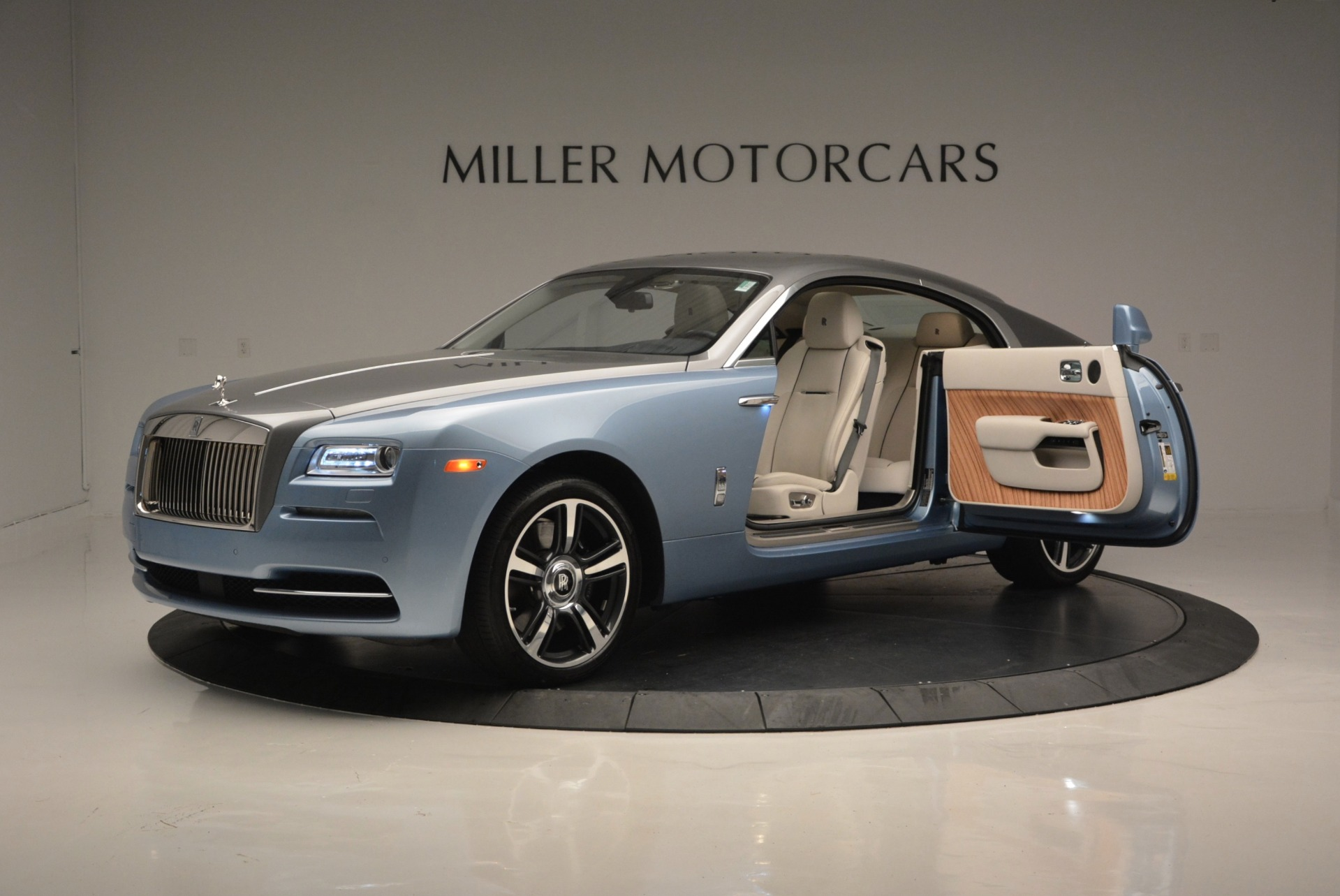 Used 2015 Rolls-Royce Wraith  For Sale In Westport, CT 563_p14