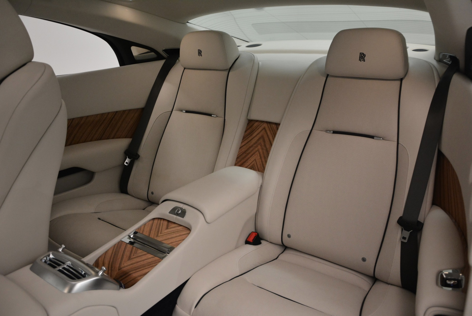 Used 2015 Rolls-Royce Wraith  For Sale In Westport, CT 563_p28