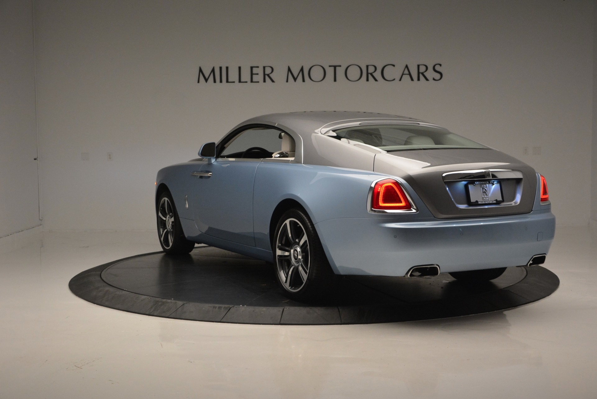 Used 2015 Rolls-Royce Wraith  For Sale In Westport, CT 563_p5