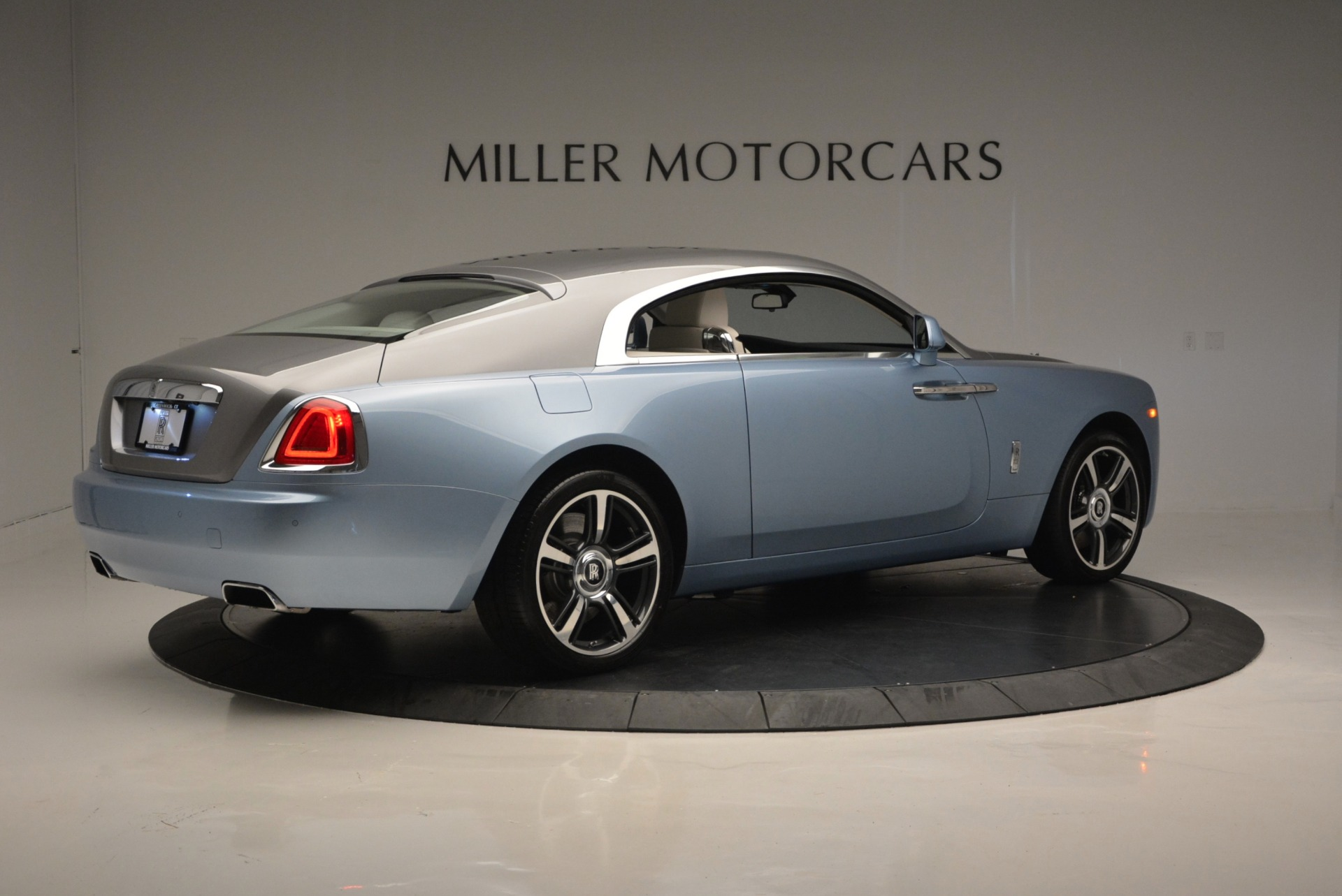 Used 2015 Rolls-Royce Wraith  For Sale In Westport, CT 563_p8