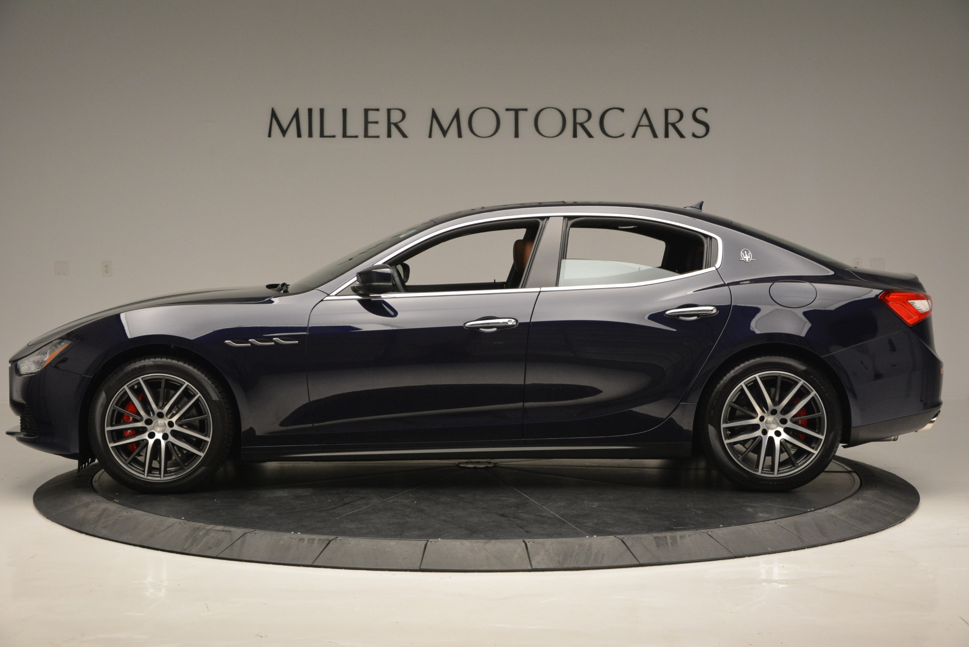 Used 2017 Maserati Ghibli S Q4 - EX Loaner For Sale In Westport, CT 567_p3
