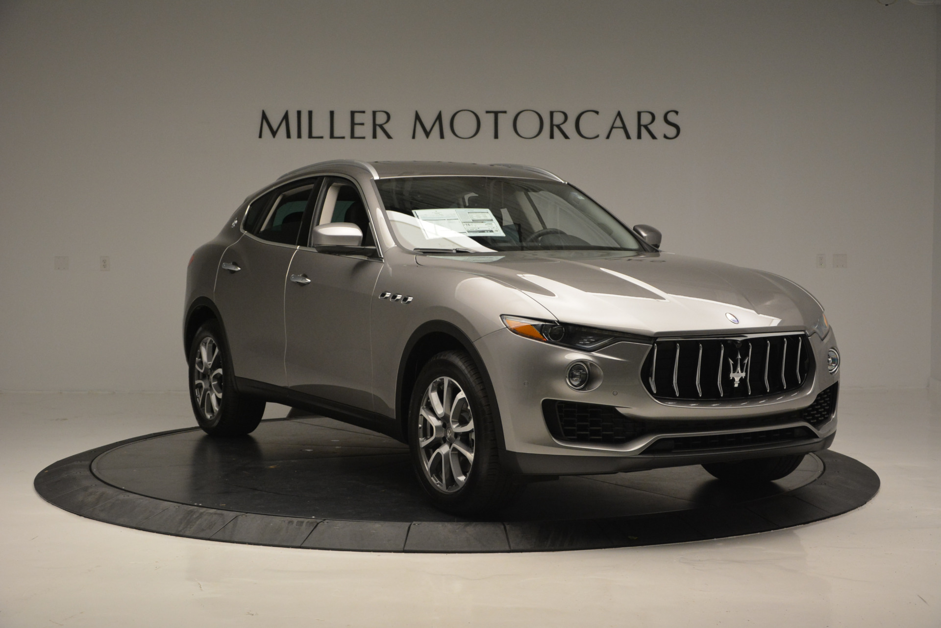 New 2017 Maserati Levante 350hp For Sale In Westport, CT 582_p11