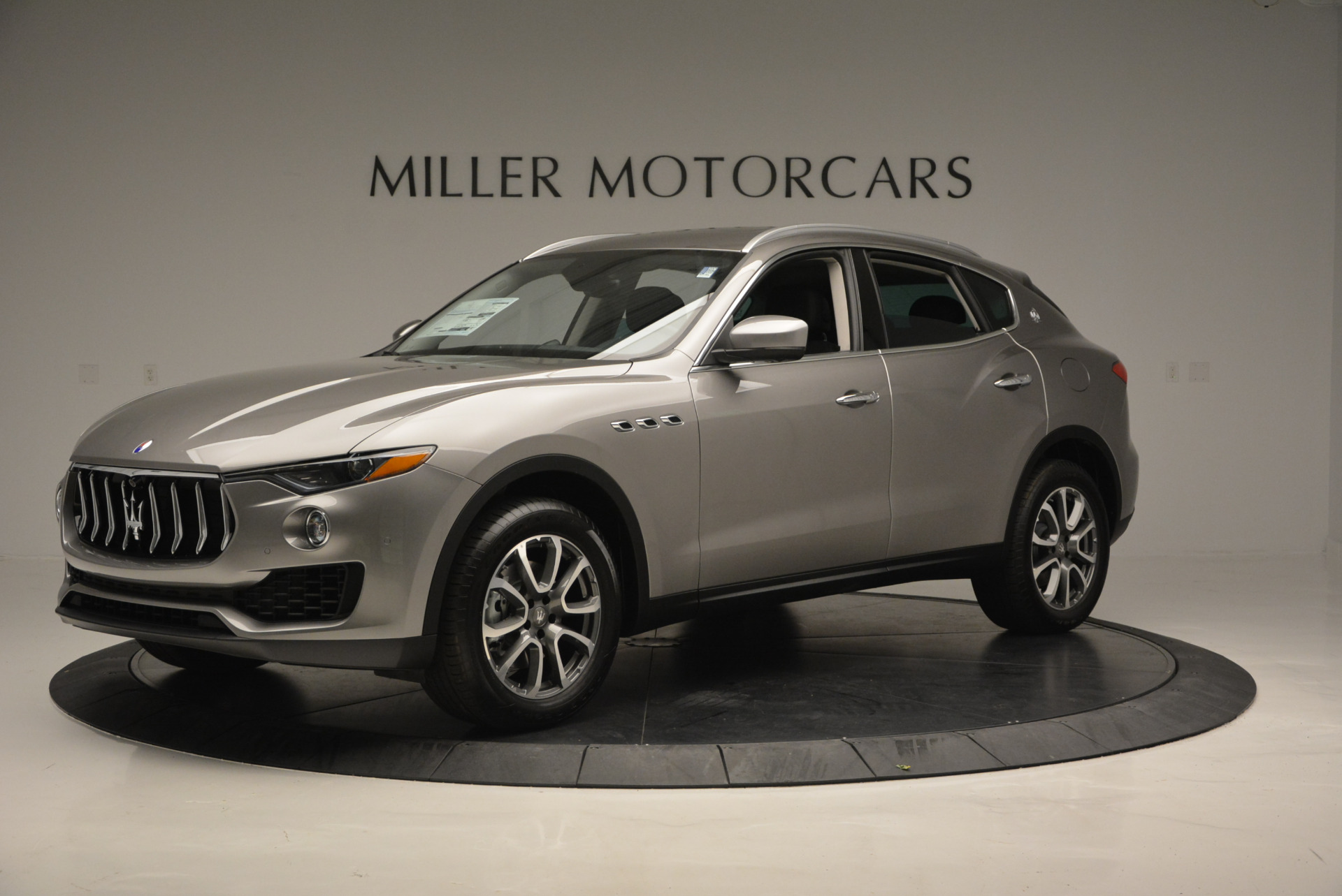 New 2017 Maserati Levante 350hp For Sale In Westport, CT 582_p2
