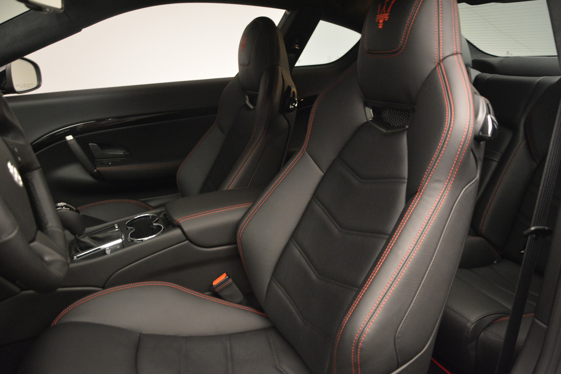 New 2016 Maserati GranTurismo Sport For Sale In Westport, CT 592_p15