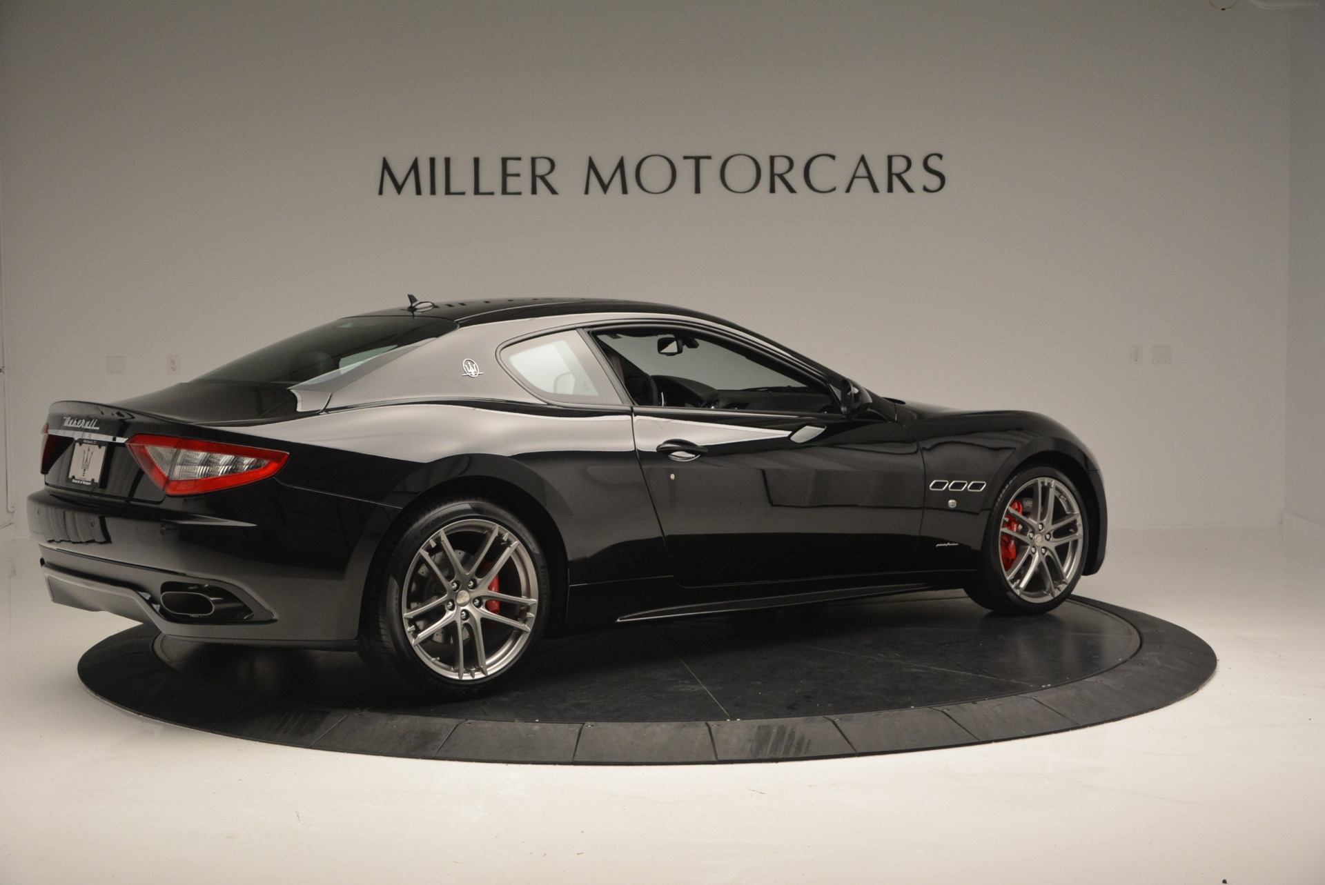 New 2016 Maserati GranTurismo Sport For Sale In Westport, CT 592_p8