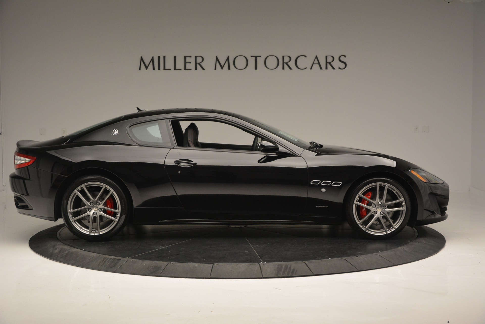 New 2016 Maserati GranTurismo Sport For Sale In Westport, CT 592_p9