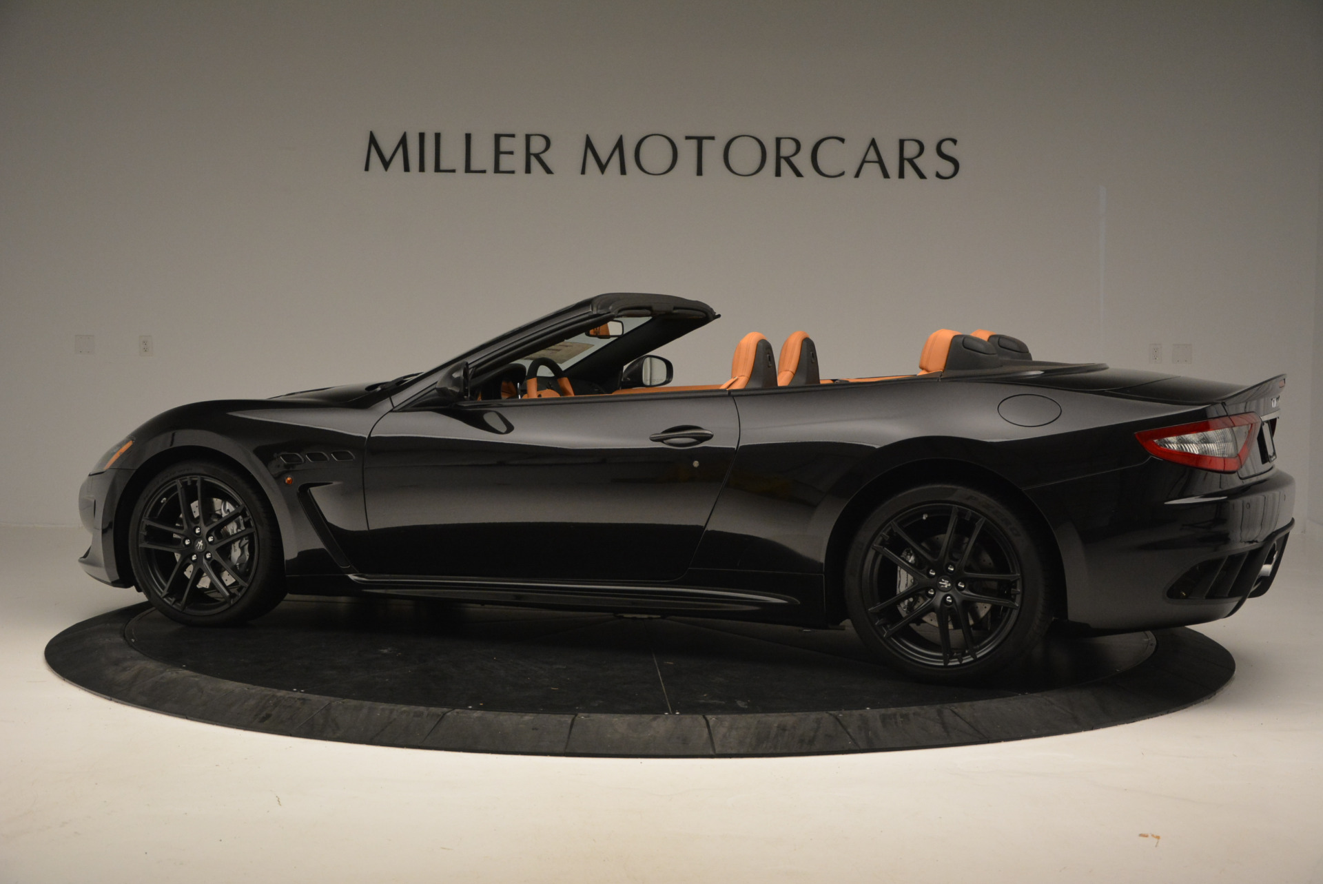 New 2017 Maserati GranTurismo MC CONVERTIBLE For Sale In Westport, CT 596_p4
