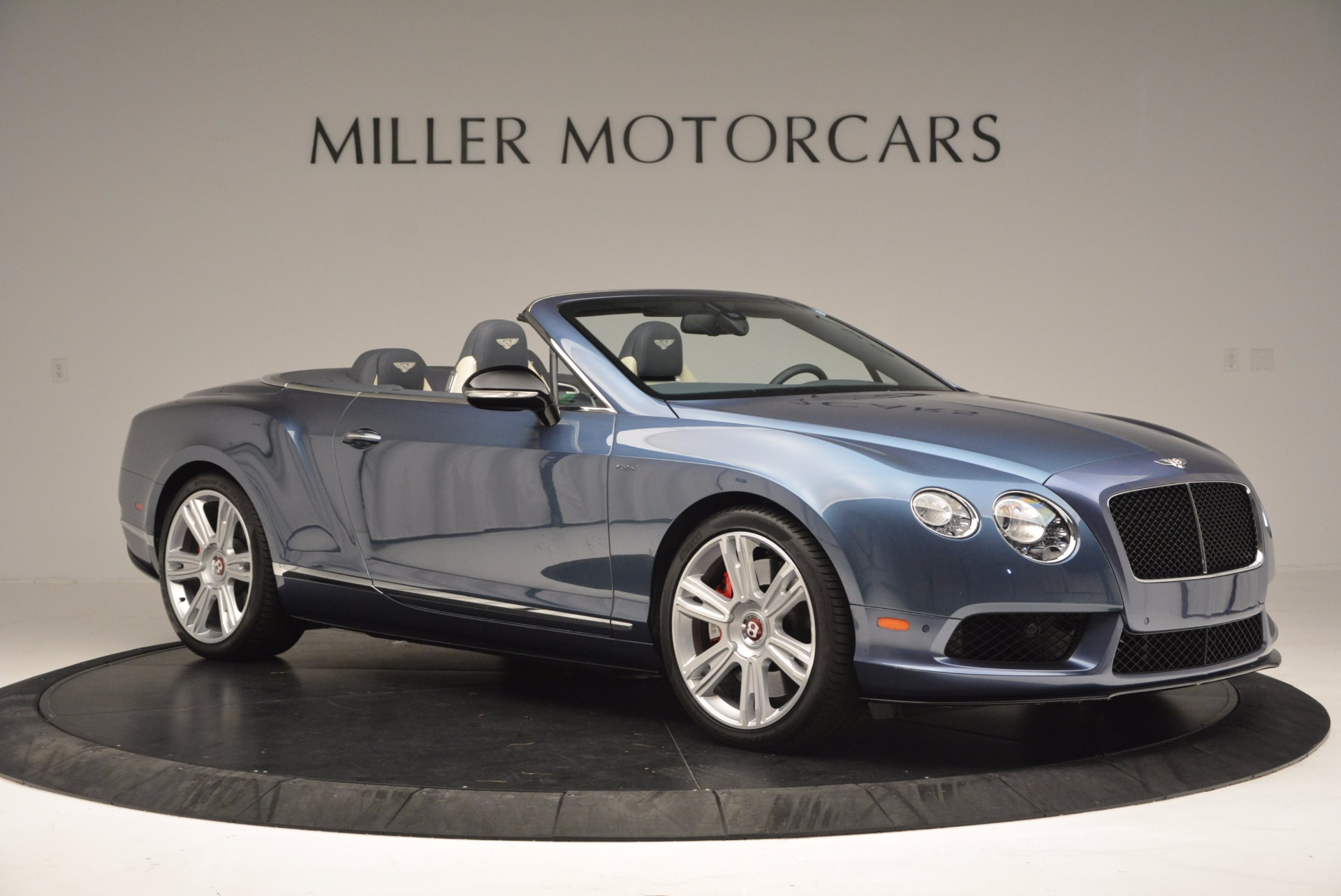 Used 2014 Bentley Continental GT V8 S Convertible  For Sale In Westport, CT 600_p10