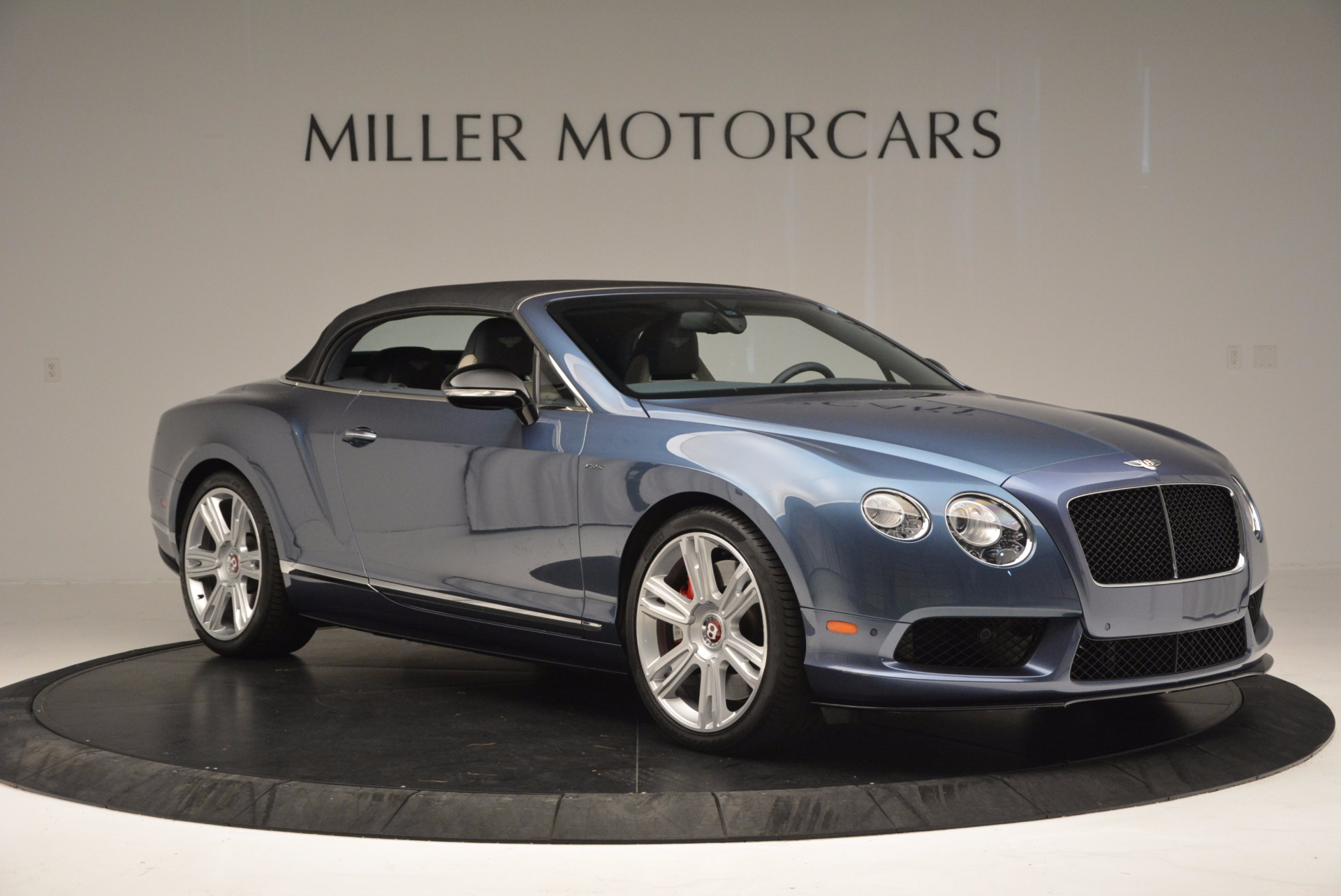 Used 2014 Bentley Continental GT V8 S Convertible  For Sale In Westport, CT 600_p20