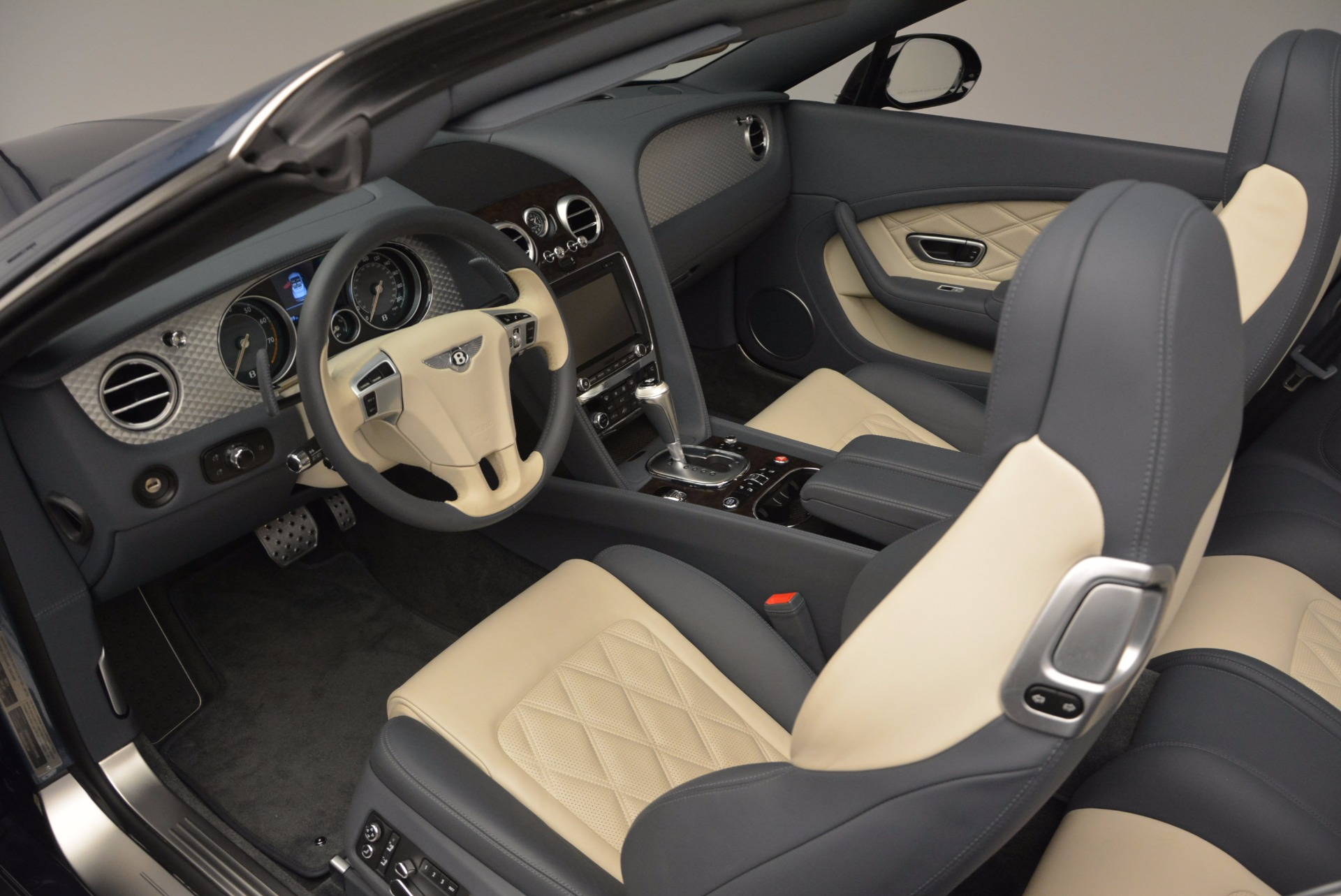 Used 2014 Bentley Continental GT V8 S Convertible  For Sale In Westport, CT 600_p28